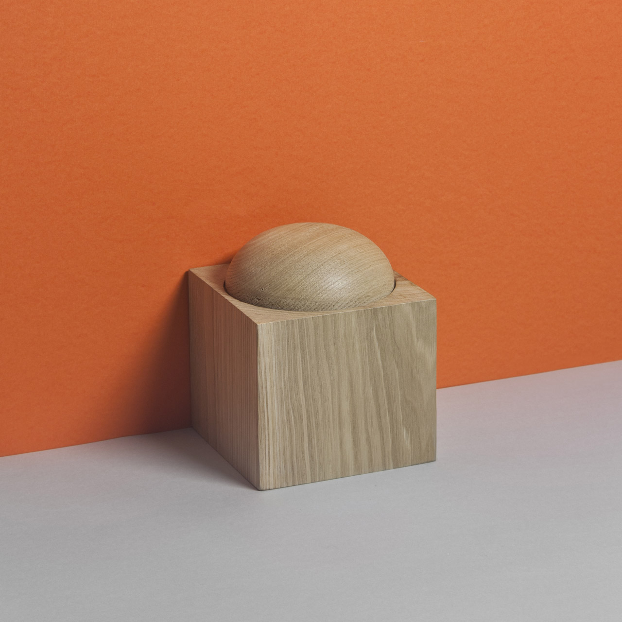 Aya wooden container from AVLU collection by DAY Studio. Wooden containers and boxes, Bebek, Aya and Galata inspired and named after three of the city's monumental buildings: Imperial Mosque, Hagia Sofia and Galata Tower. Istanbul Design Week @ DXBDW.