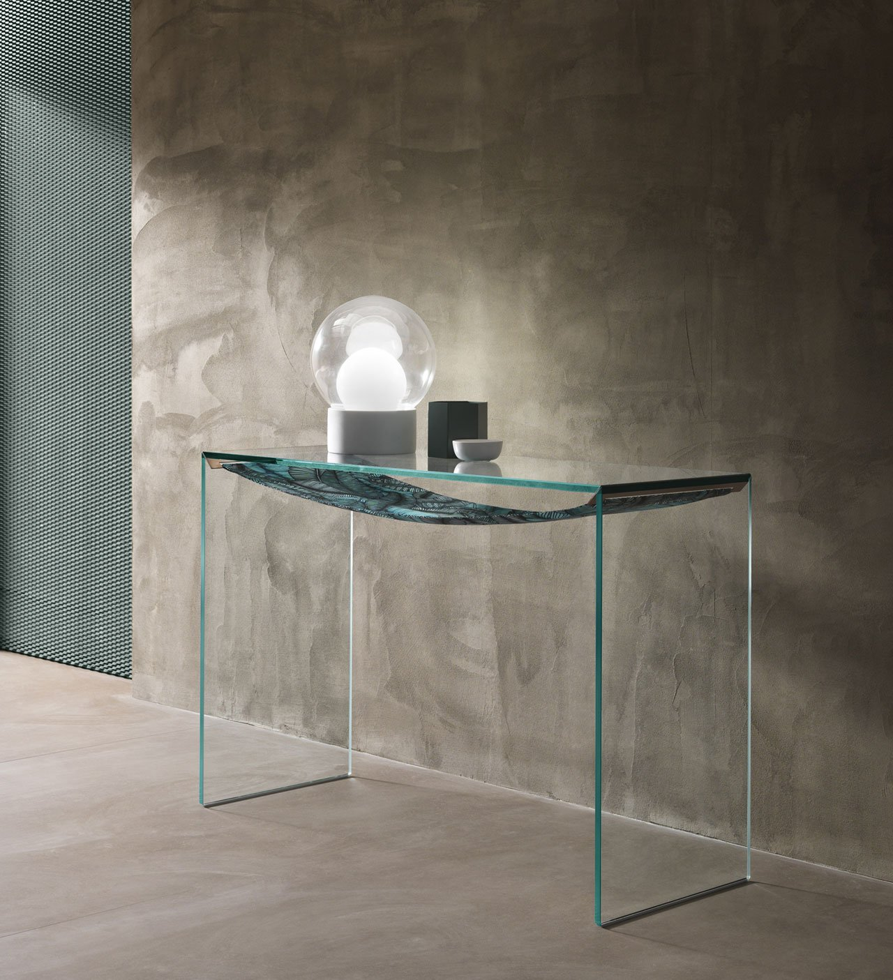 Tonelli,'Amaca'coffe table,2018, designed byCalvi Brambilla. Photo © Calvi Brambilla.