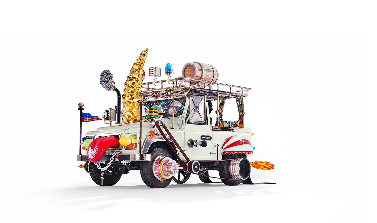 AUTOMOBILE, 2012-2013, 500 x 290 x 270 cm, Carpenters Workshop Gallery. Photo by Zero40.