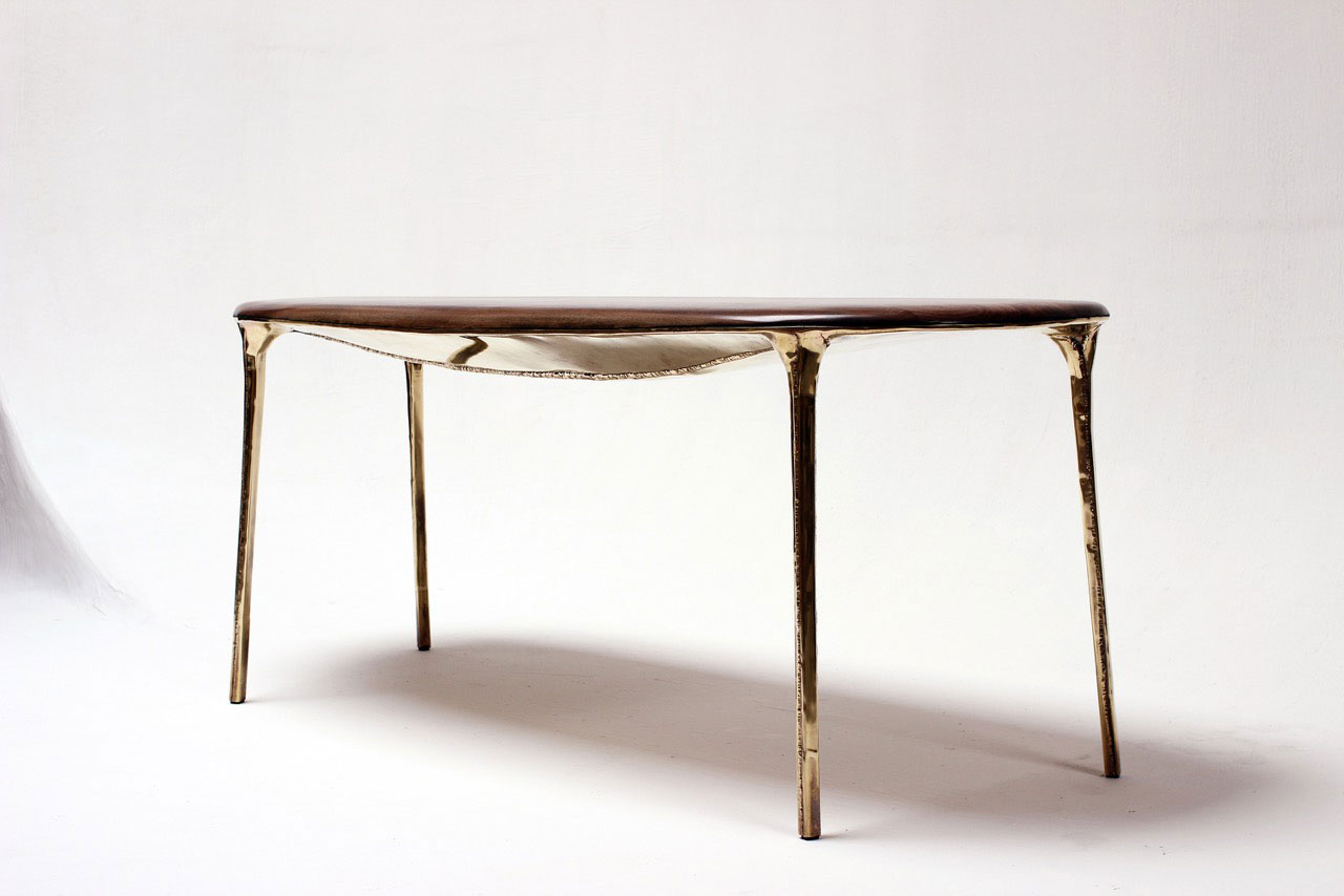 Studio Valentin Loellmann, Brass table. Photo © Jonas Loellmann.