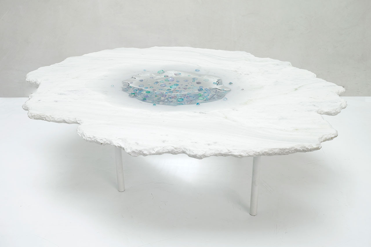 Flavie Audi, Stellar flux ​(side table). Glass, marble, resin, glass, powder coated steel. 75 x 60 x 43 cm.