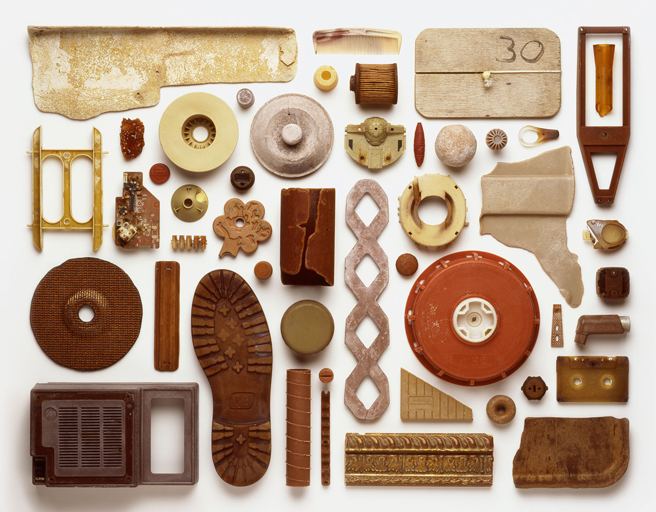 Stuart Haygarth,Strand(components), 2012. Made from man-made objects washed ashore and collected by the artist. Commissioned by University College London Hospitals for permanent display at the new UCH Macmillan Cancer Centre in London.