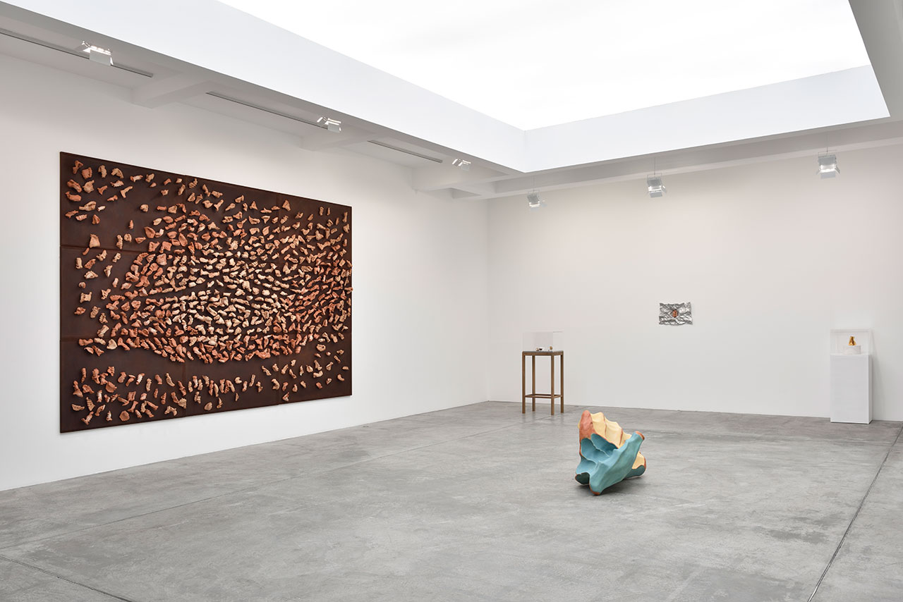 Giuseppe Penone, Ebbi, Avrò, Non ho. Installation view from Marian Goodman Gallery Paris (Ground floor). Courtesy the artist and Marian Goodman Gallery.