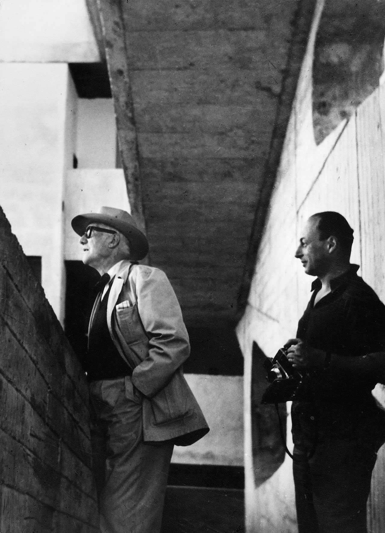 Le Corbusier and Lucien Hervé at the High Court, Chandigarh, India, 1955. (photographer unknown).Courtesy of Galerie du Jour agnès b., Paris.