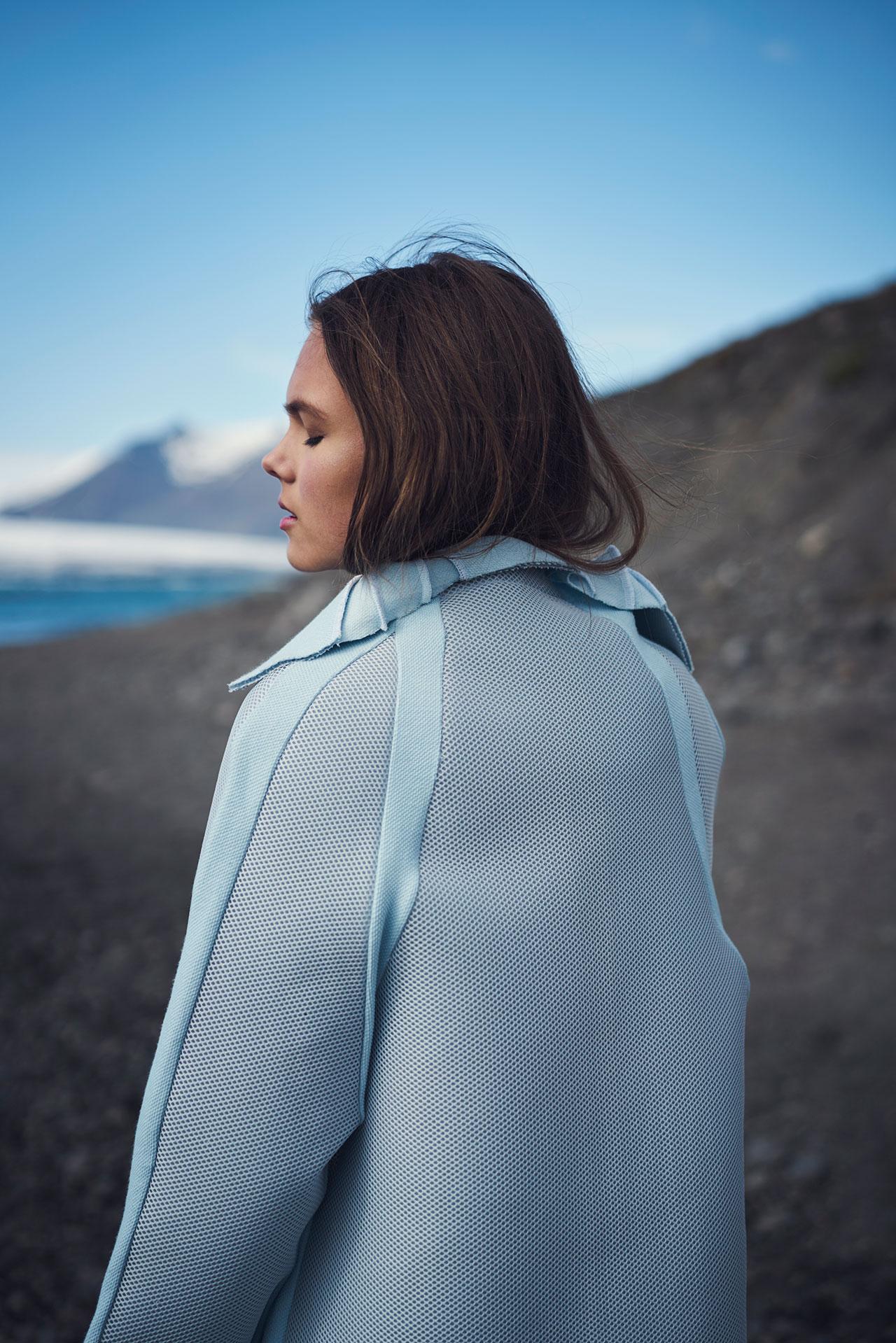 Félicie Eymard,Chrysalid Coat,fromMetamorphosisCollection. Photo byJulien Hayard.