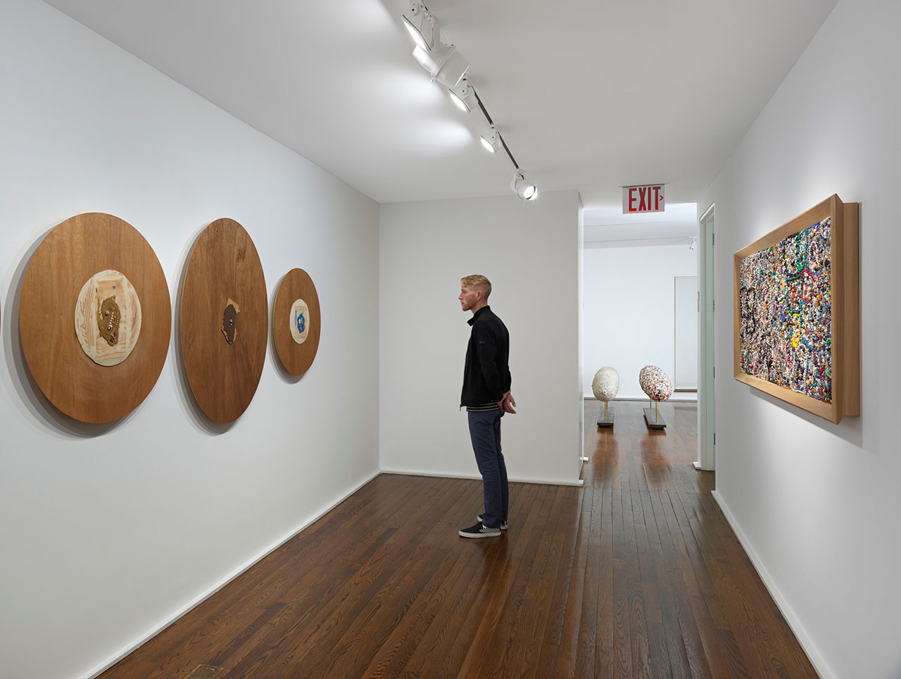 Installation view, Mike Kelley. Memory Ware, Hauser & Wirth New York, 2016. Art © Mike Kelley Foundation for the Arts. All Rights Reserved / Licensed by VAGA, New York, NY. Courtesy the Foundation and Hauser & Wirth. Photo by Genevieve Hanson.