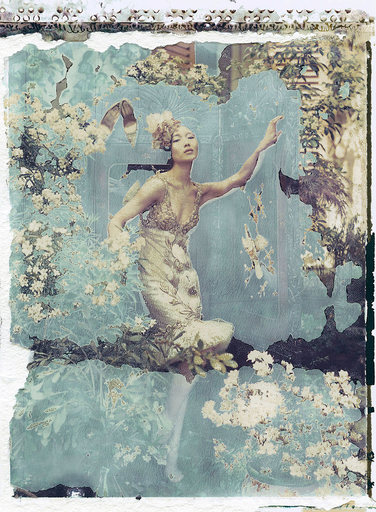 """Cathleen Naundorf """"An Ordinary day"""" ValentinoHaute Couture summer 2008- n°20, Color-print from original polaroid, 2008."""