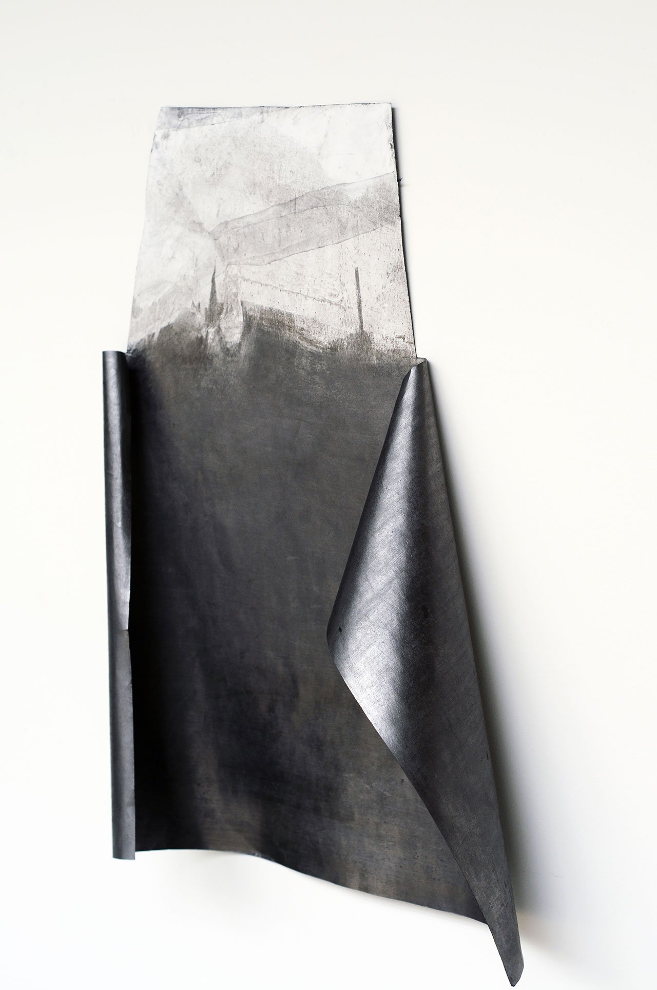 Despina Flessa, Folding landscape, graphite print and graphite on paper, 49 x 32 cm, 2015. Photo by Costas Christou.