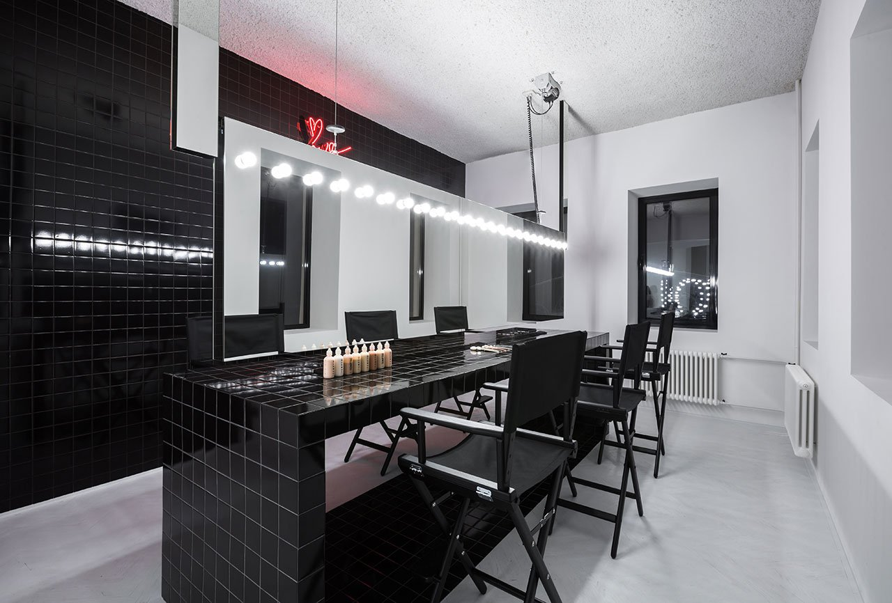 Krygina Make Up Studio In Moscow By Archiproba Studios