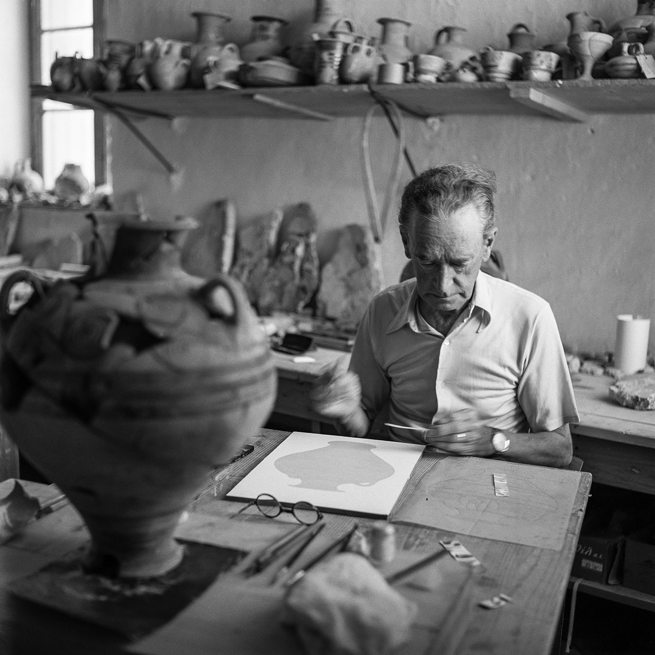 Piet de Jong working at Pylos 1955. Photo © Robert McCabe.