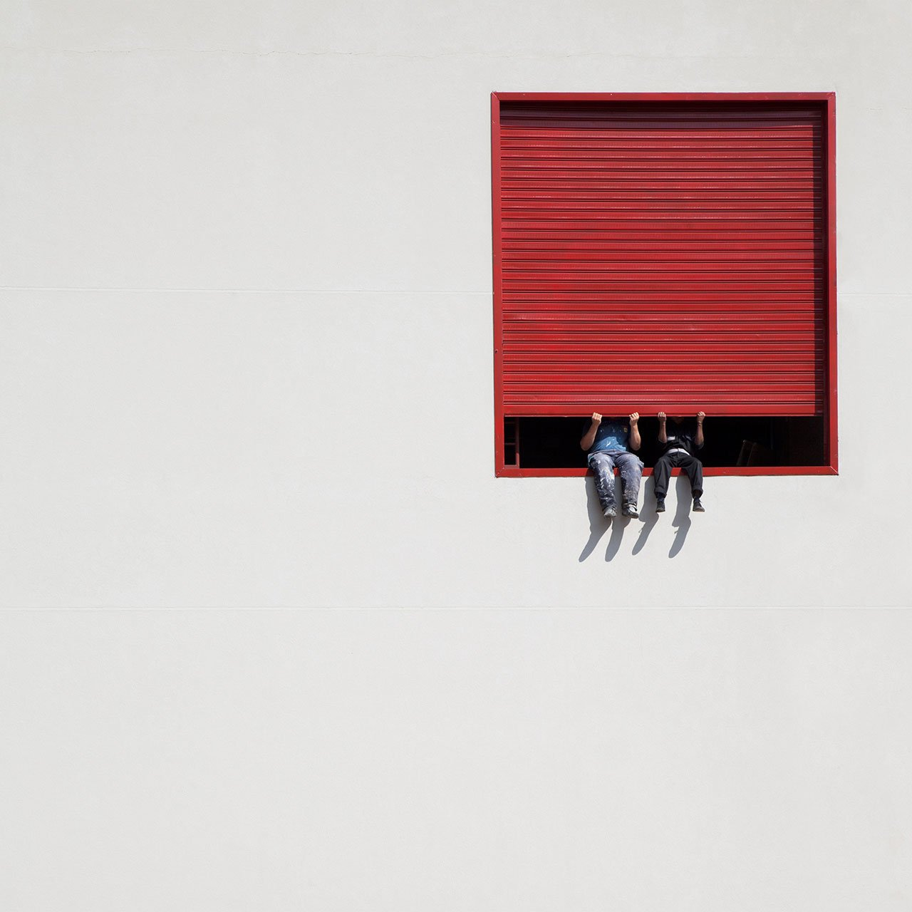 Red box, photo © Serge Najjar.