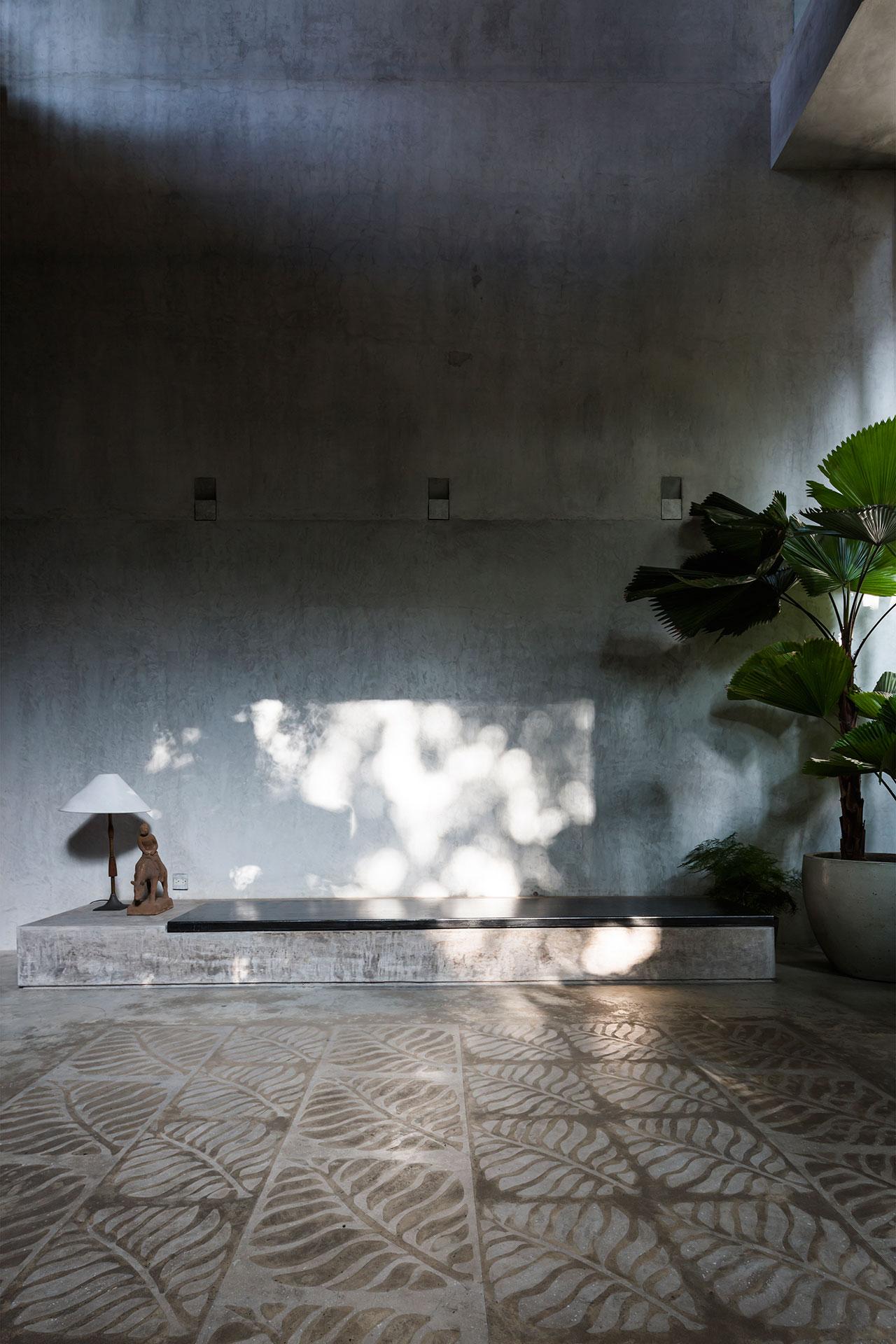 Photo © Hiroyuki Oki.