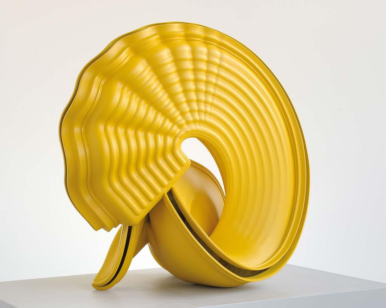 Tony Cragg, Outspan,2007. Bronze. 95 x 100 x 62 cm. Photo by Charles Duprat.