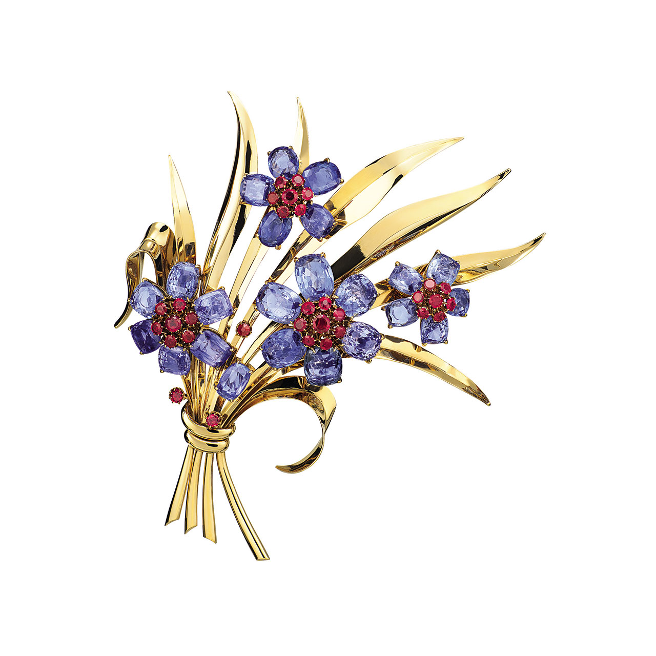 Bouquet clip, 1940. Gold, sapphires, rubies, diamonds. Van Cleef & Arpels Collection. Photo by Patrick Gries © Van Cleef & Arpels.