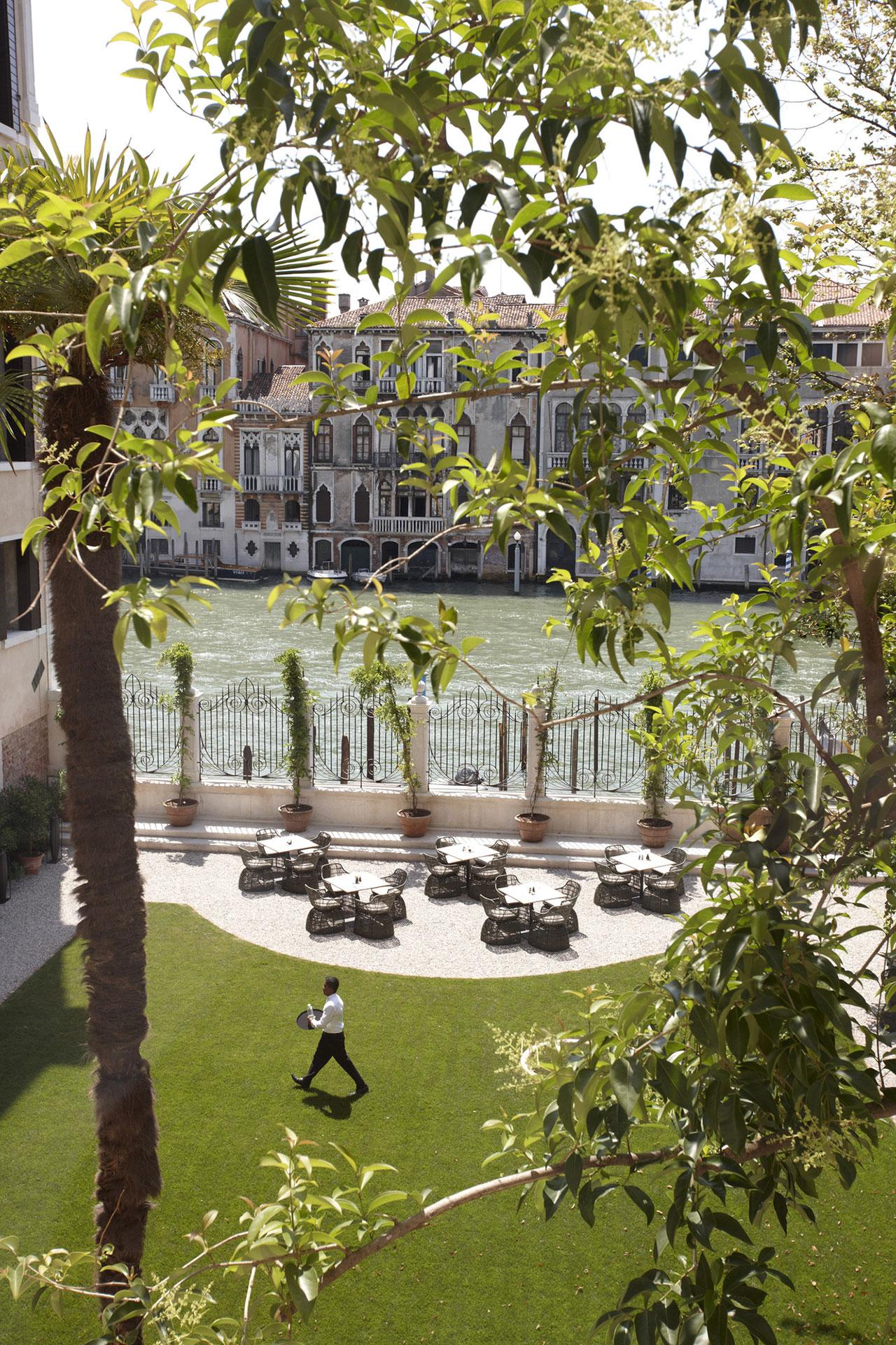 Garden Terrace,photo © Aman Canal Grande Hotel, Venice, Amanresorts.