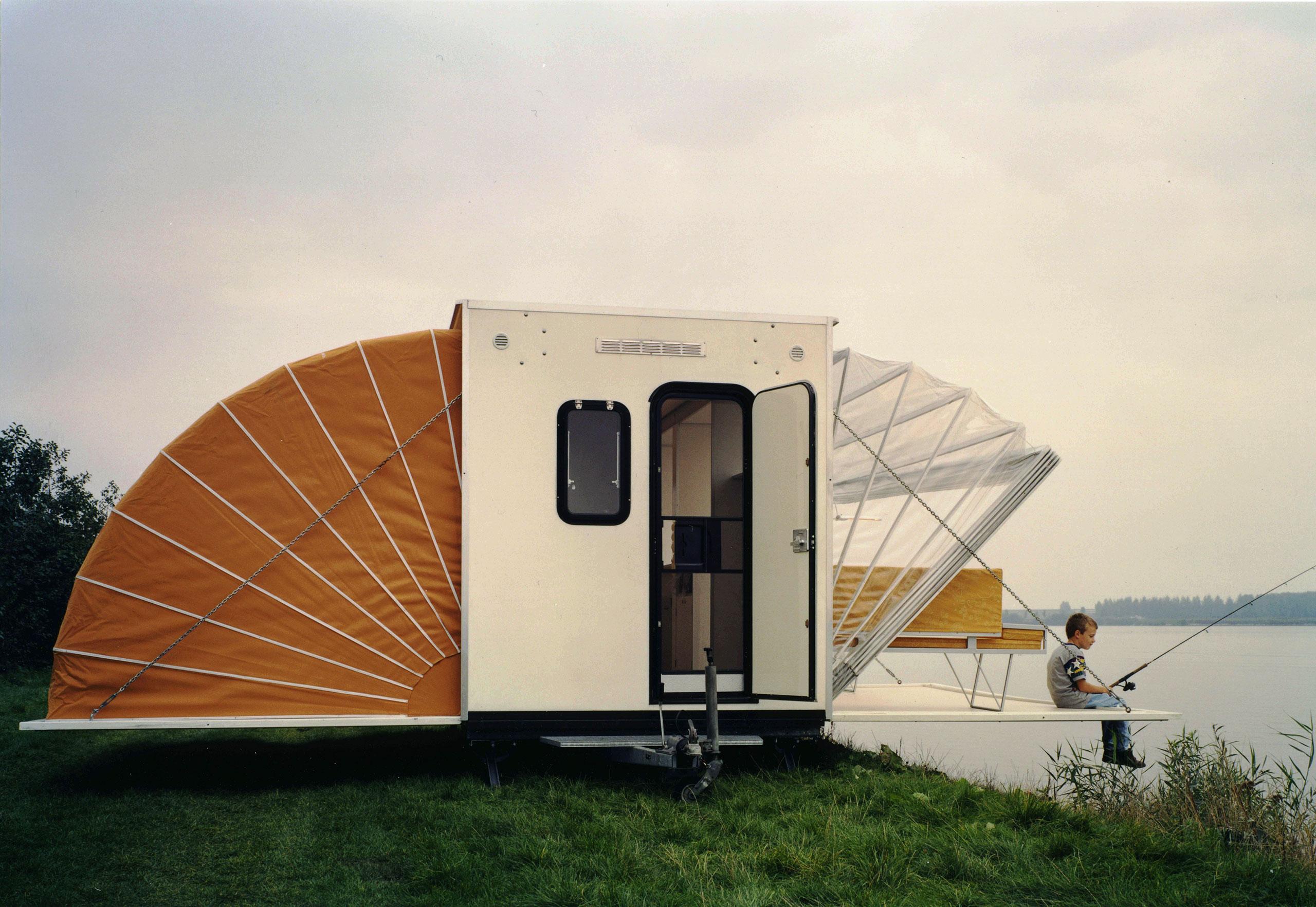 BöhtlingkArchitecture, Netherlands,photography by Roos Aldershoff, fromOff the Road, © Gestalten 2016.
