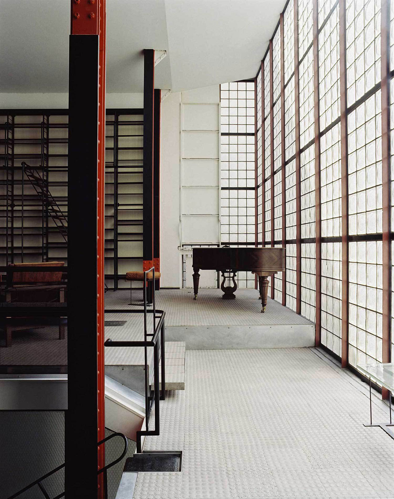 maison de verre an avant garde glass house in paris photo francois