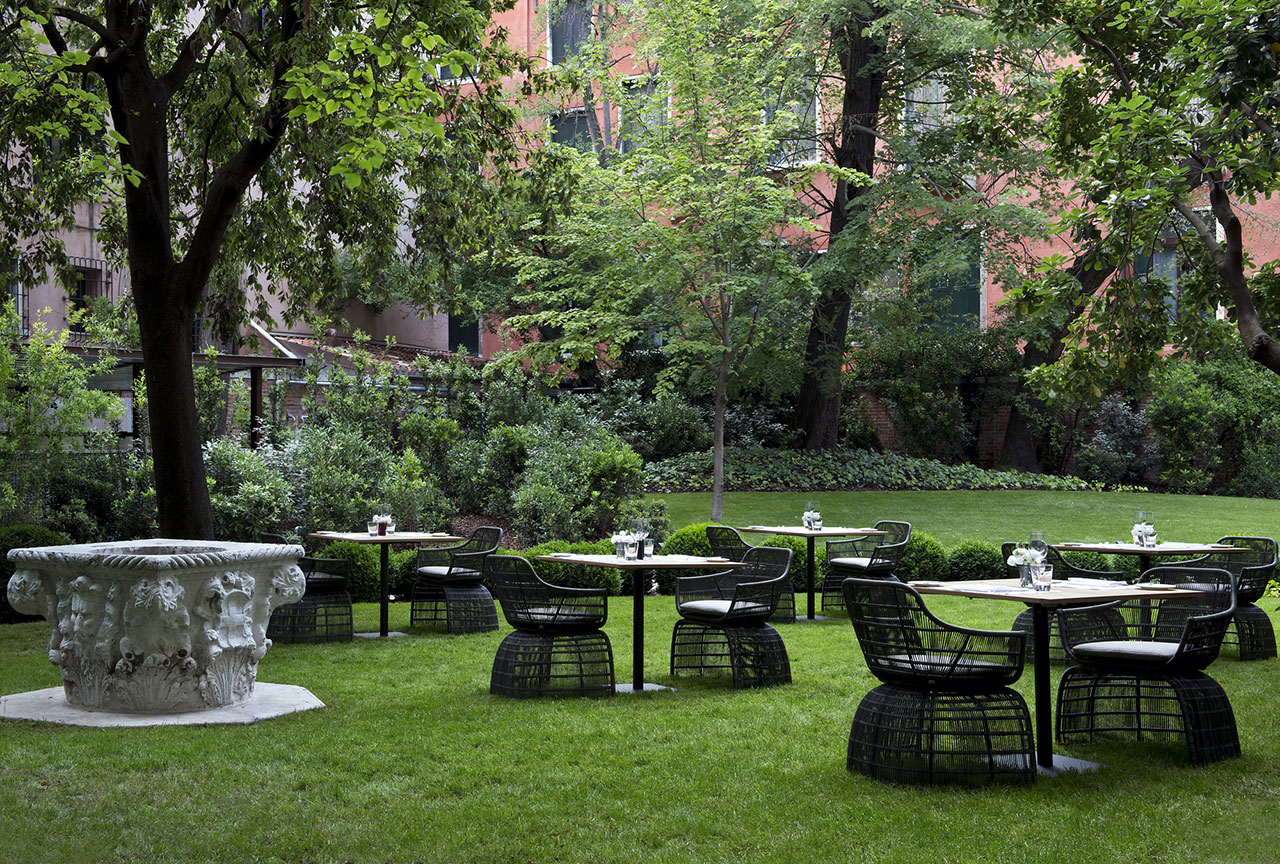 Interior Garden Terrace, photo © Aman Canal Grande Hotel, Venice, Amanresorts.