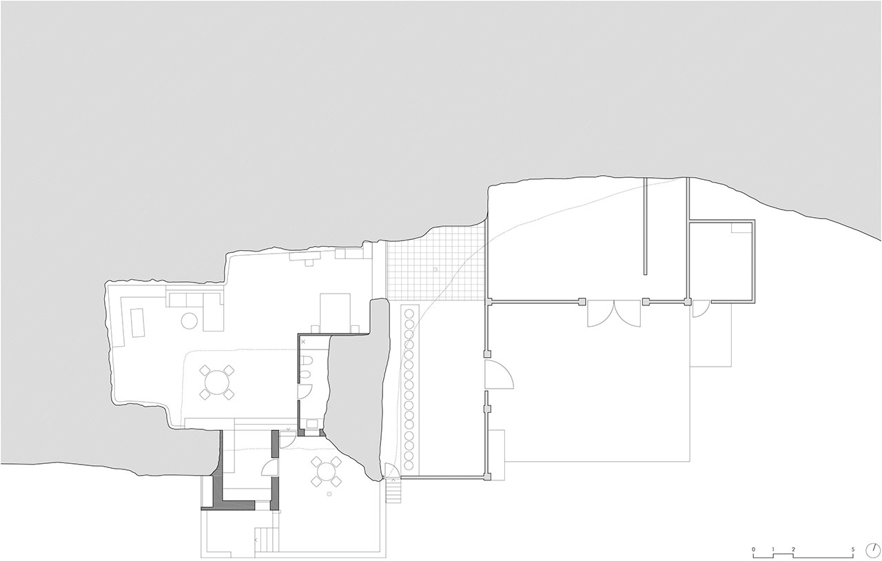 Floor Plan © UMMOestudio.