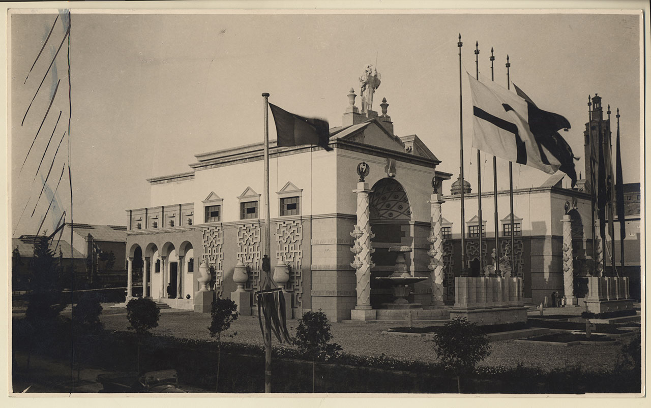 Piero Portaluppi, Italian Pavilion at the Barcelona International Exposition, 1928-1929. Photo: Fondazione Piero Portaluppi, Milano © Fondazione Piero Portaluppi, Milano.
