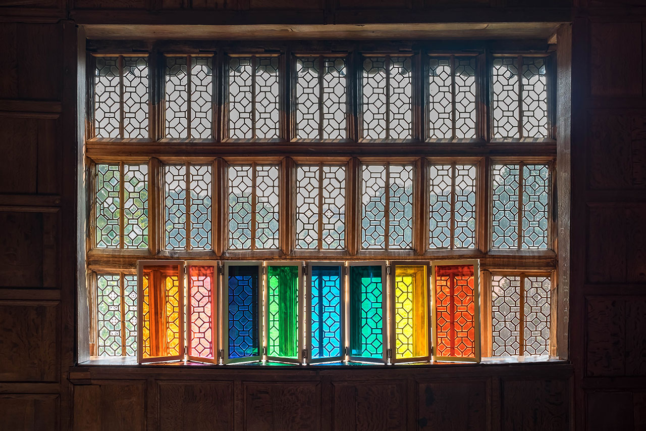 Liz West, Autumn Lights. Installation view from Little Moreton Hall. Photo © F. Mooneram.