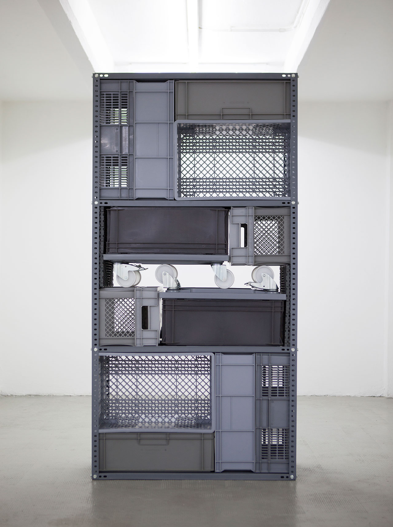 Michael Johansson, Flip shelf – Standing Unit, 2018, grey ordinary items, 200x100x41 cm. Courtesy: The Flat – Massimo Carasi, Milan. Photo © Michael Johansson.