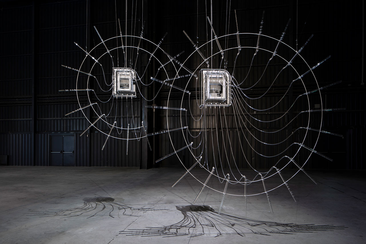 Cerith Wyn Evans, Composition for 37 Flutes (in two parts), 2018. Installation view at Pirelli HangarBicocca, Milan, 2019. Courtesy of the artist; Amgueddfa Cymru – National Museum Wales and Pirelli HangarBicocca. Photo: Agostino Osio.