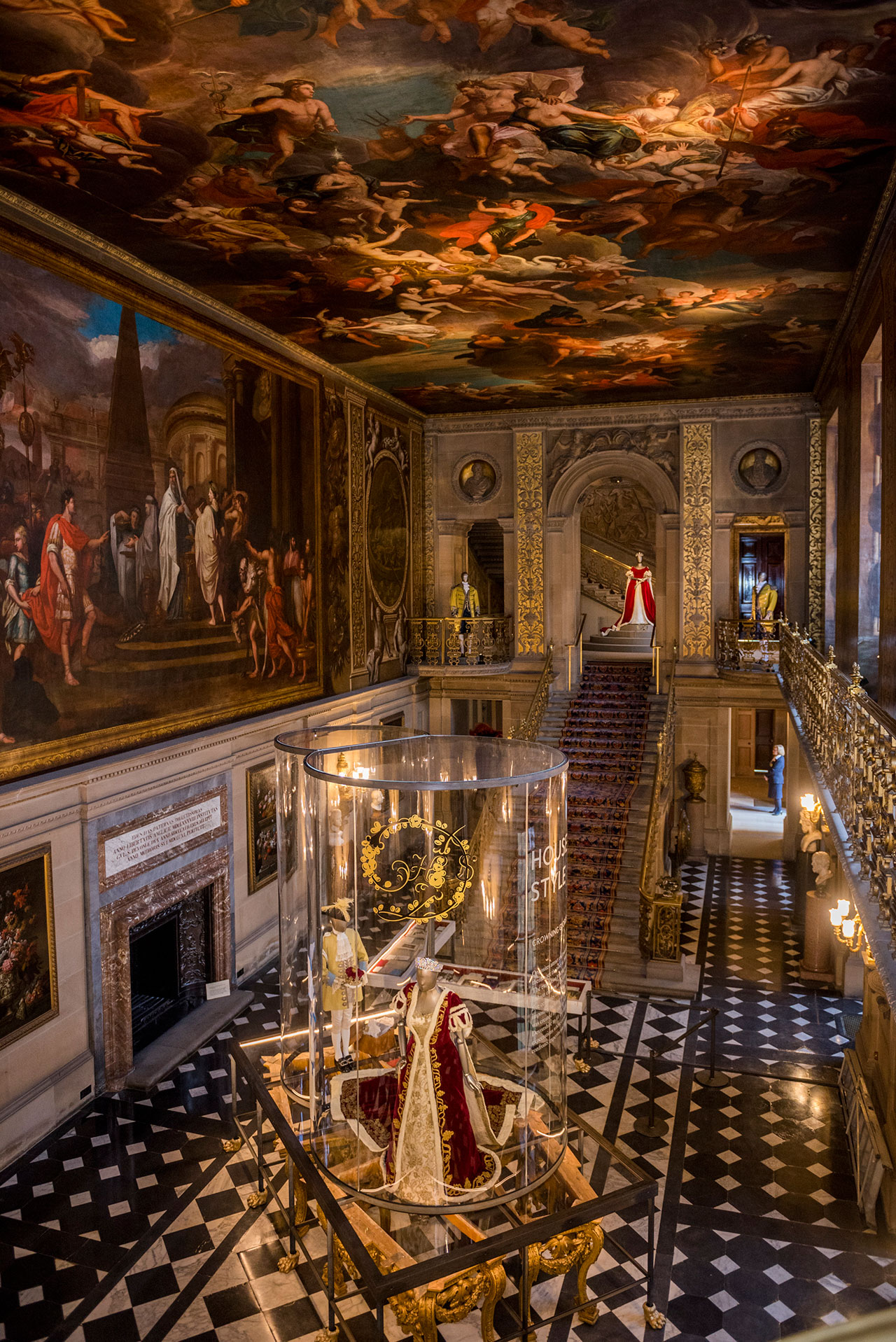 Chatsworth House Room: House Style: Five Centuries Of Fashion At Chatsworth