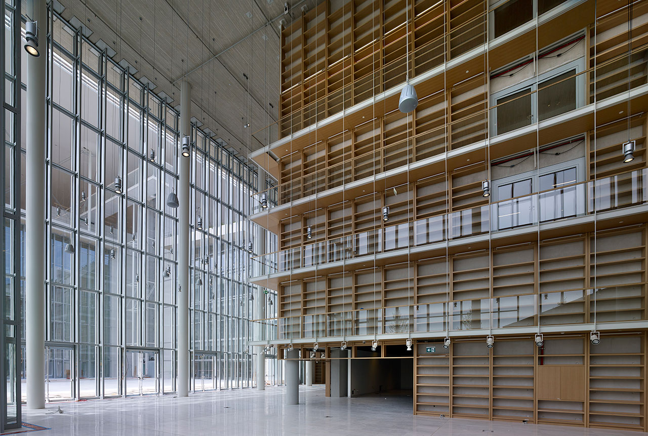 The Book Castle. The lobby of the NLG. Photo © SNFCC / Yiorgis Yerolymbos.