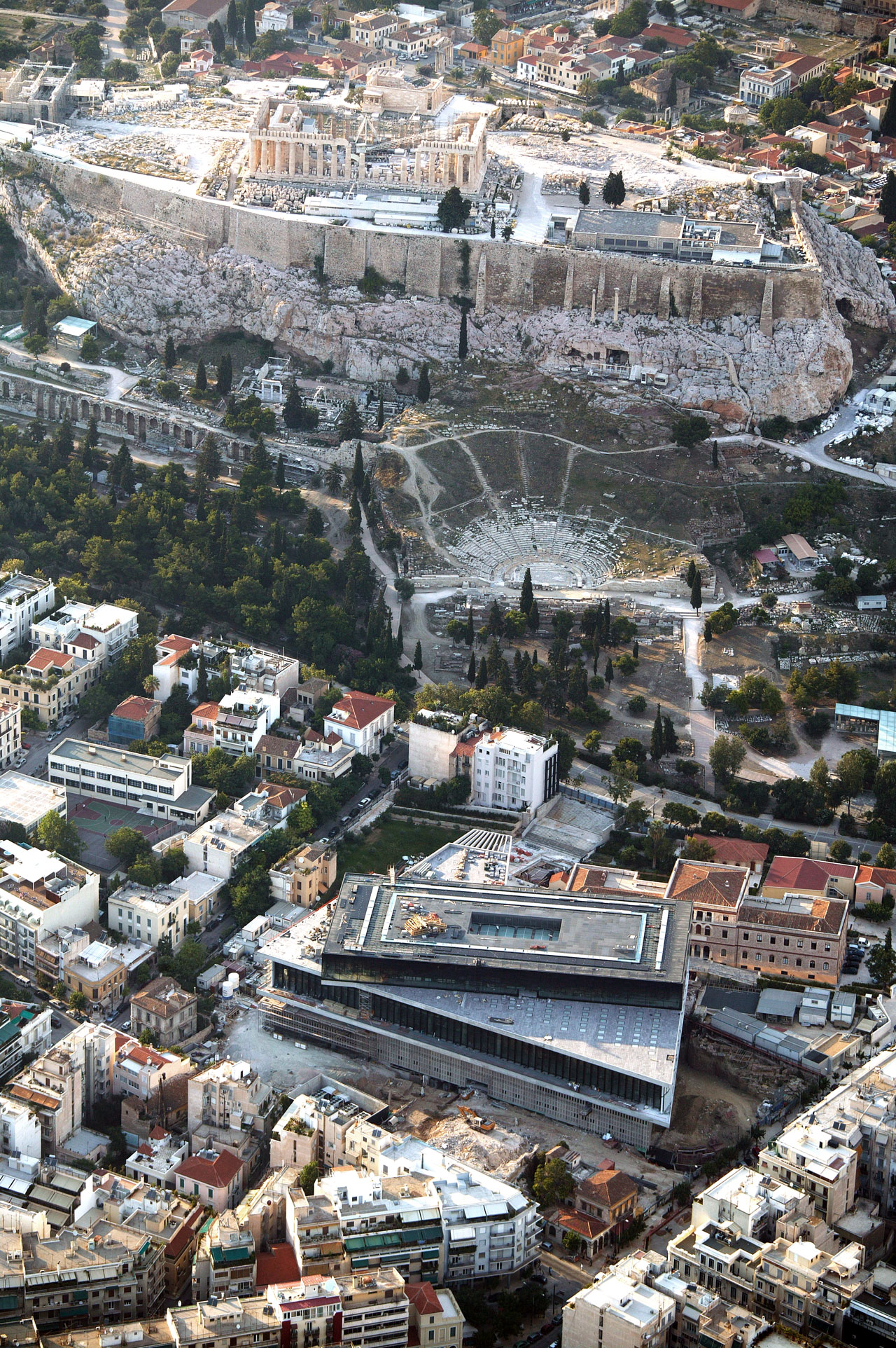 Aerial view during the construction period. Photo © Acropolis Museum.