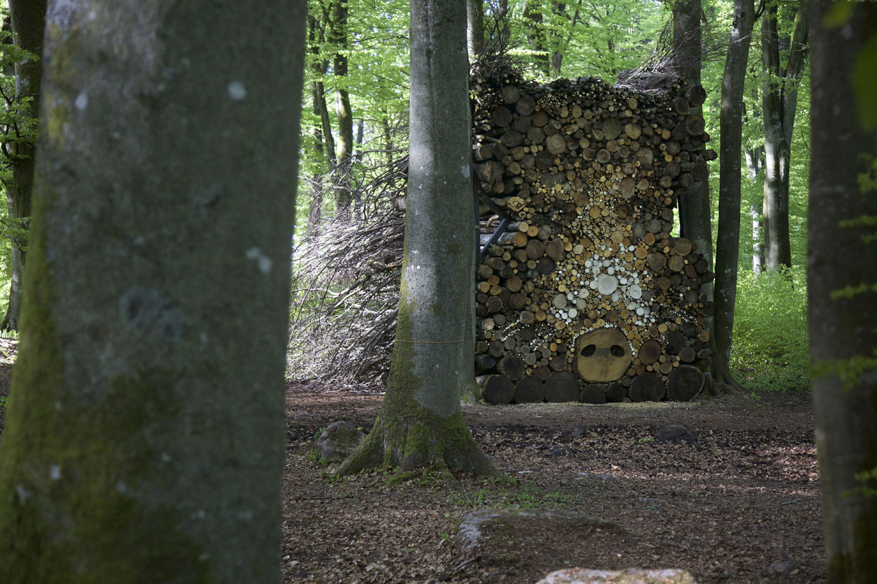 Hannelie Coetzee, The old sow between the trees, 2015. Photo © Mattias Givell/Wanås Konst.
