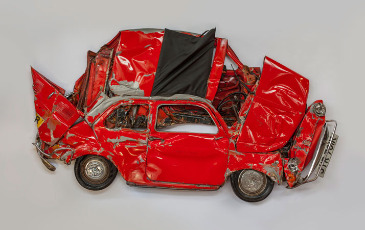 In Reverse,Pressed FlowerRed, 2013.Courtesy of Ron Arad Associates.
