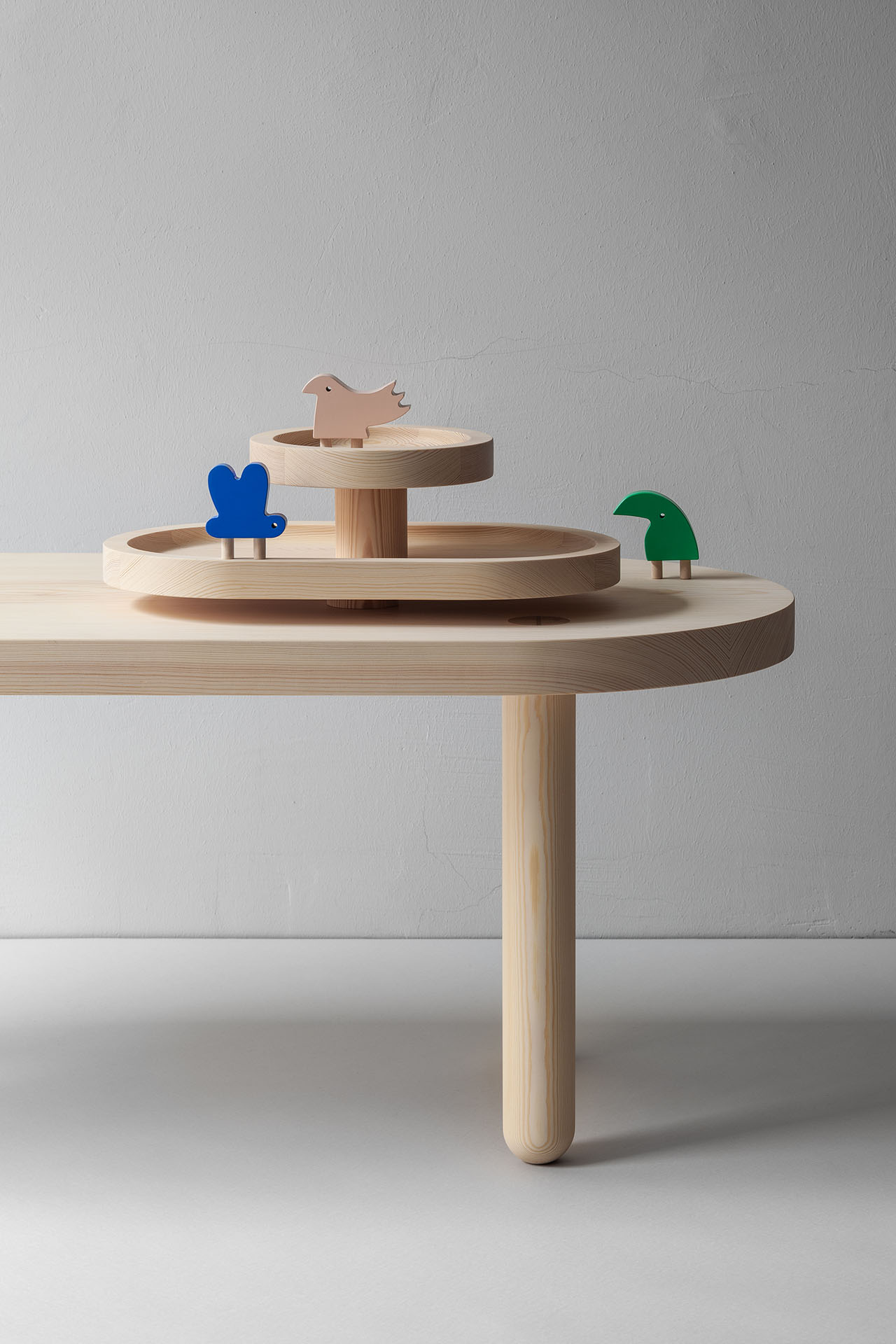 """Dry paint and all the bended branches"" wooden toys by KUMI MOOD and STUDIO OINK (Lea Korzeczek & Matthias Hiller). Mute Magentic furniture series by STUDIO OINK."