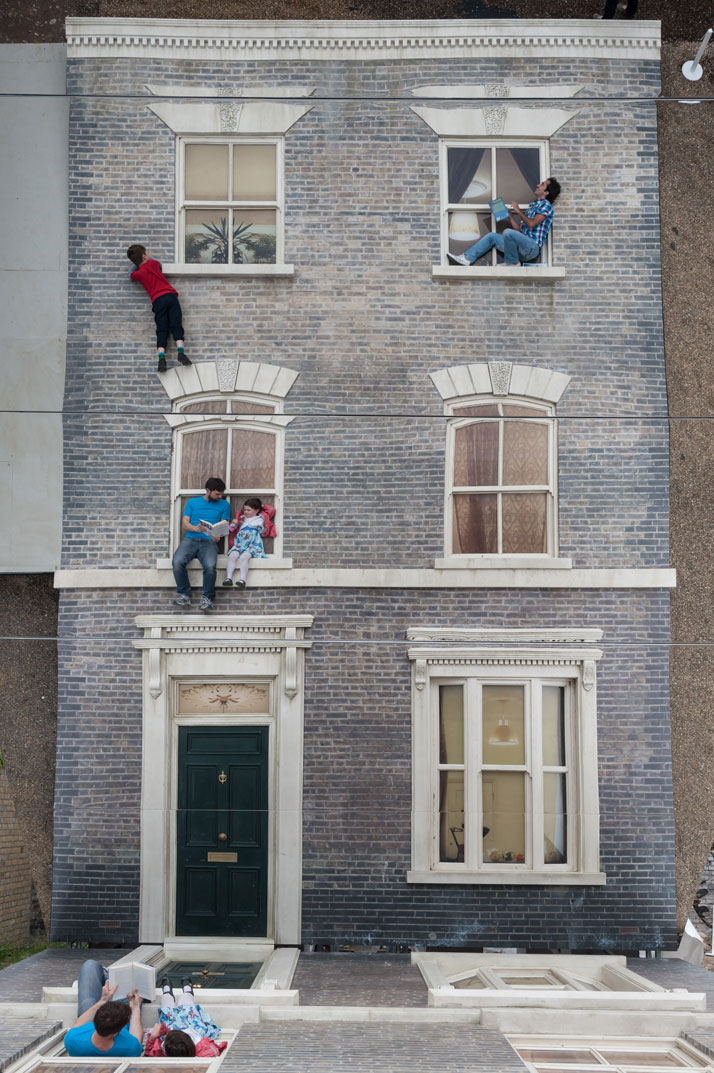 Leandro Erlich: Dalston House Installation images.© Gar Powell-Evans 2013 Courtesy of Barbican Art Gallery.