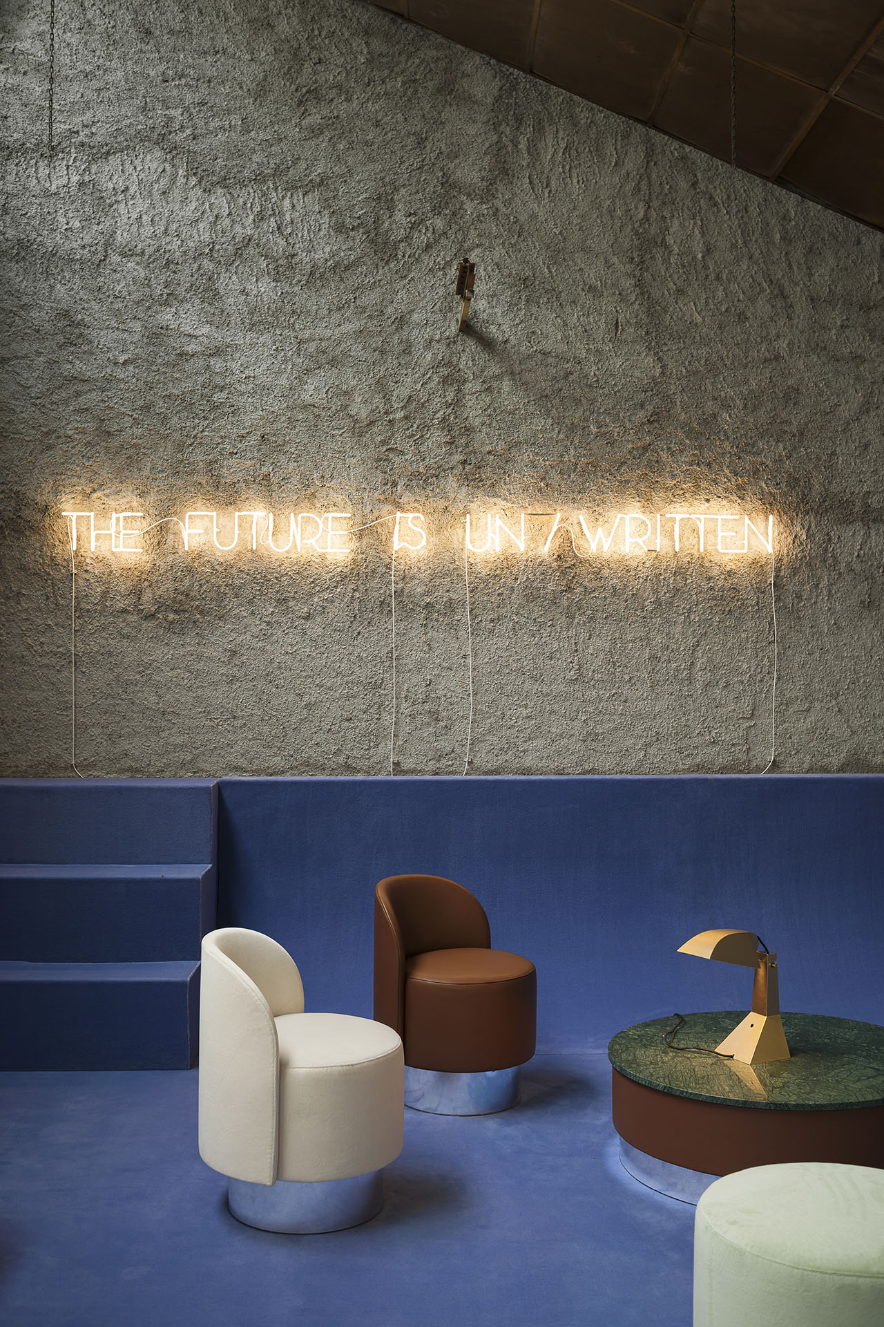 LES ARCANISTES. The Future is Un/Written by Studiopepe (Arianna Lelli Mami and Chiara Di Pinto). Photo by © Giuseppe Dinnella. Featured products:Armchair / Pouf _ Tacchini Italia | Table Lamp _ Tacchini Italia | Neon Light _ Tecnolux.