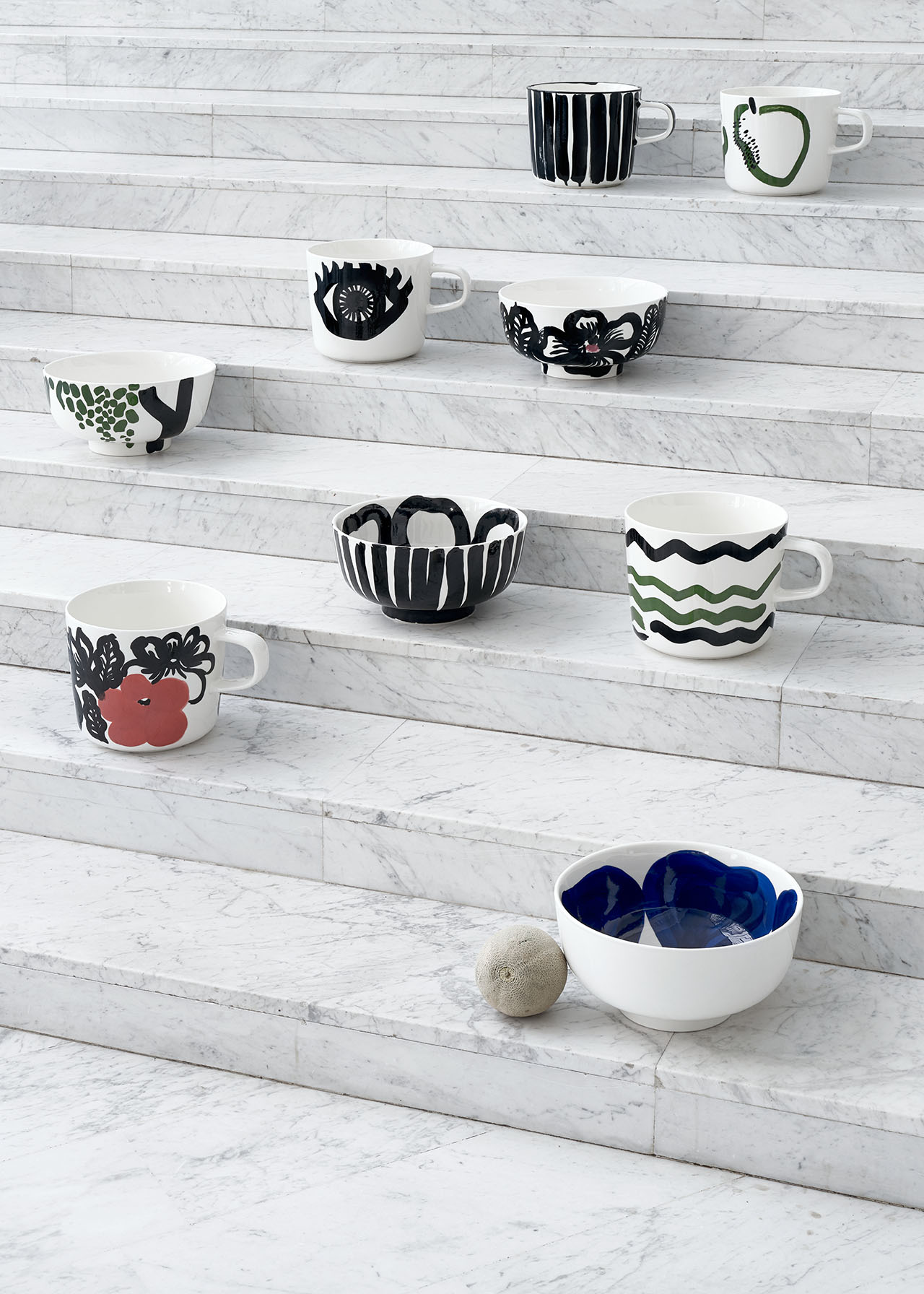"The Oiva (Superb) Tableware Collection by Marimekko celebrates its 10th anniversary with ""Oiva collector's items"", a limited edition of sculpture-looking, oversized cups and bowls that comes in two versions, plain white and hand-painted with unique patterns."