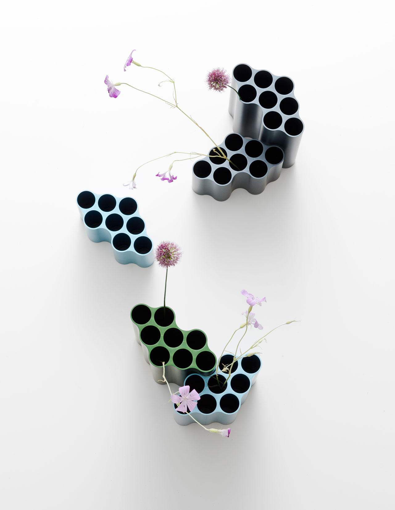 Nuage vases by Ronan & Erwan Bouroullec for Vitra.