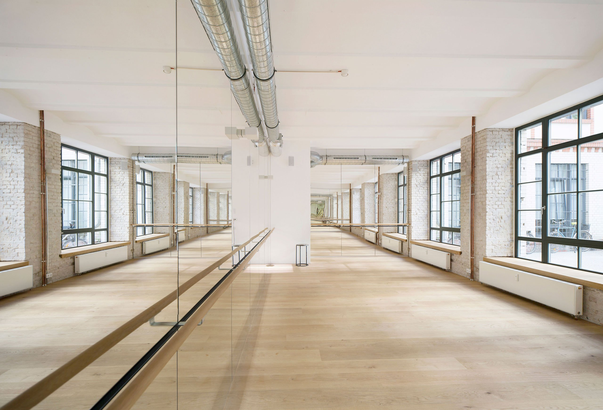 spinning in mitte becycle boutique fitness studio in berlin yatzer