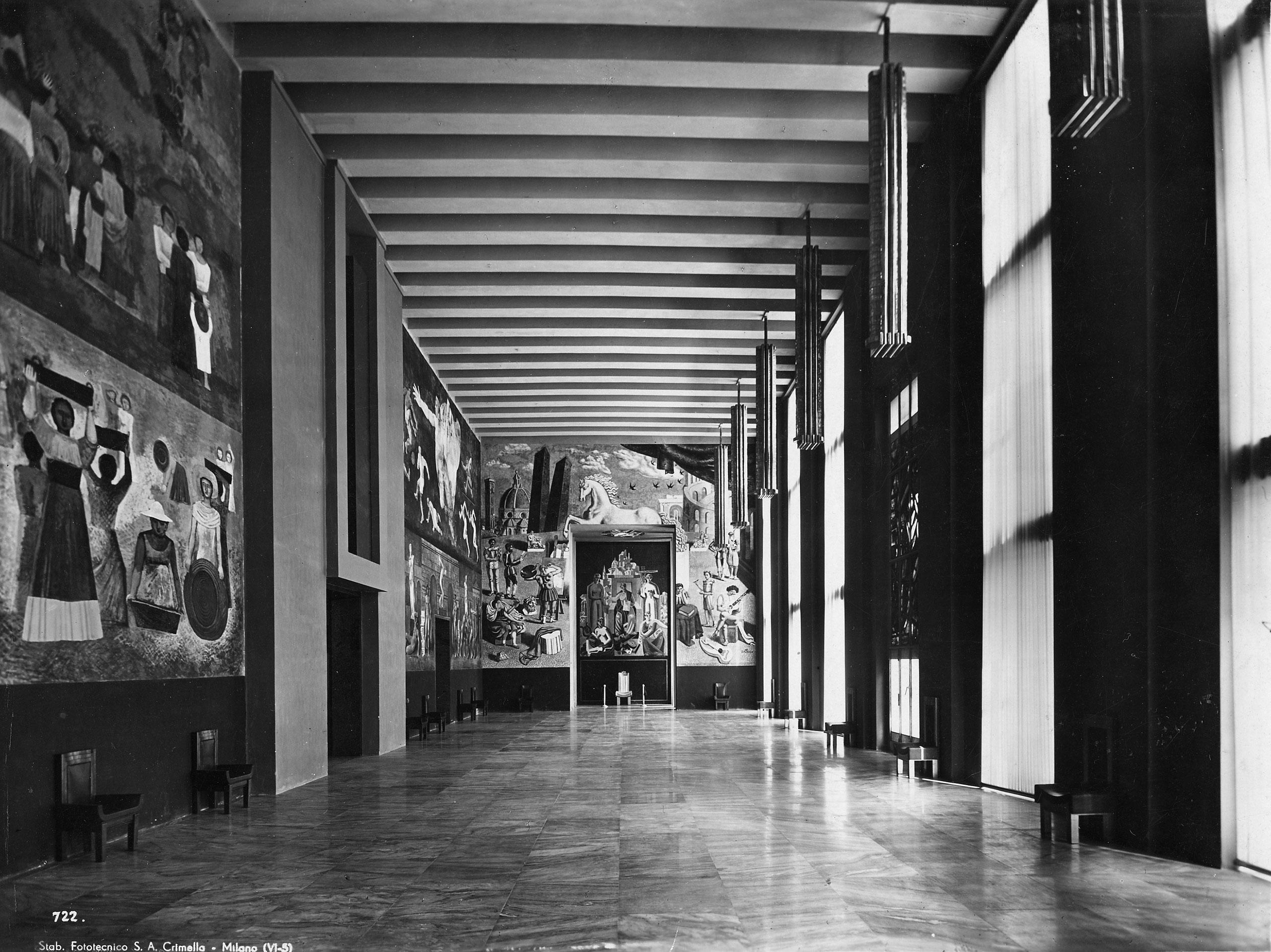 Salone delle Cerimonie, V Triennale di Milano, 1933. Works by Sironi, Severini, De Chirico, Campigli and Funi. Photographic archive © La Triennale di Milano. Photo: Crimella.