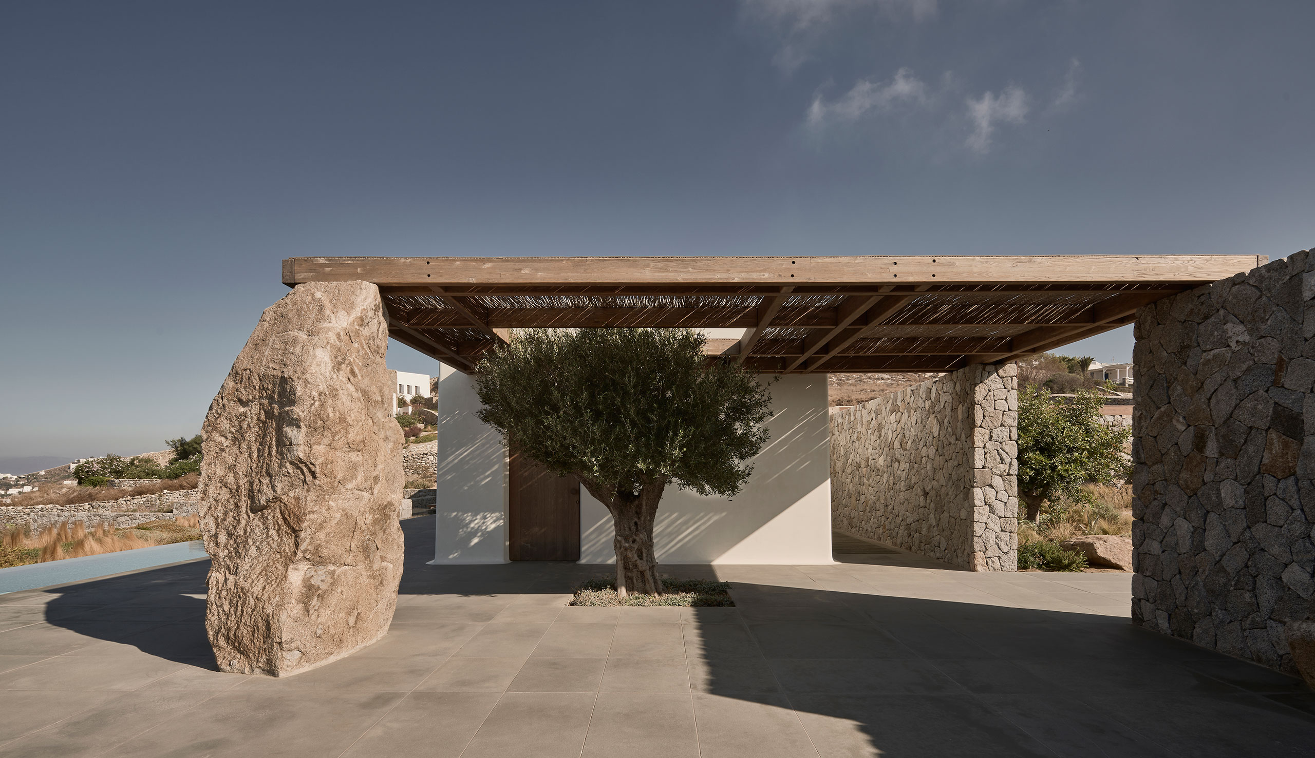 Villa Mandra in Mykonos by K-Studio. Photography by Claus Brechenmacher and Reiner Baumann.