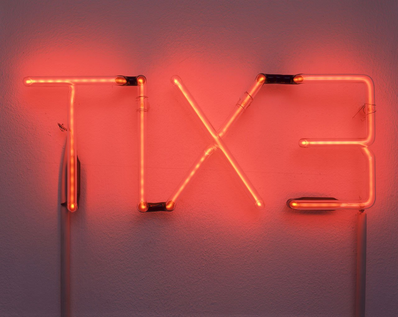 Cerith Wyn Evans, TIX3, 1996 © Cerith Wyn Evans. Courtesy White Cube Photo: Stephen White