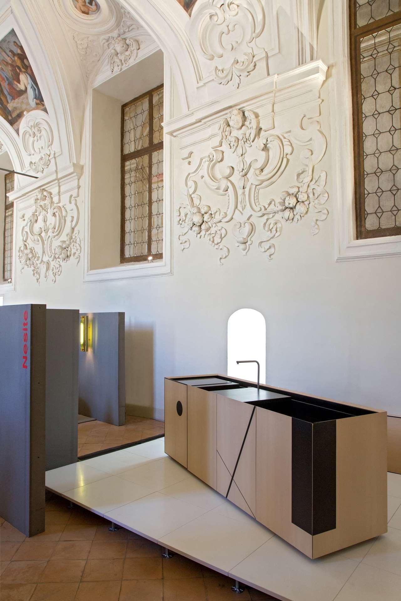 EDIT Napoli exhibition view. Nesite with Elisa Ossino. Photo © Roberto Pierucci.