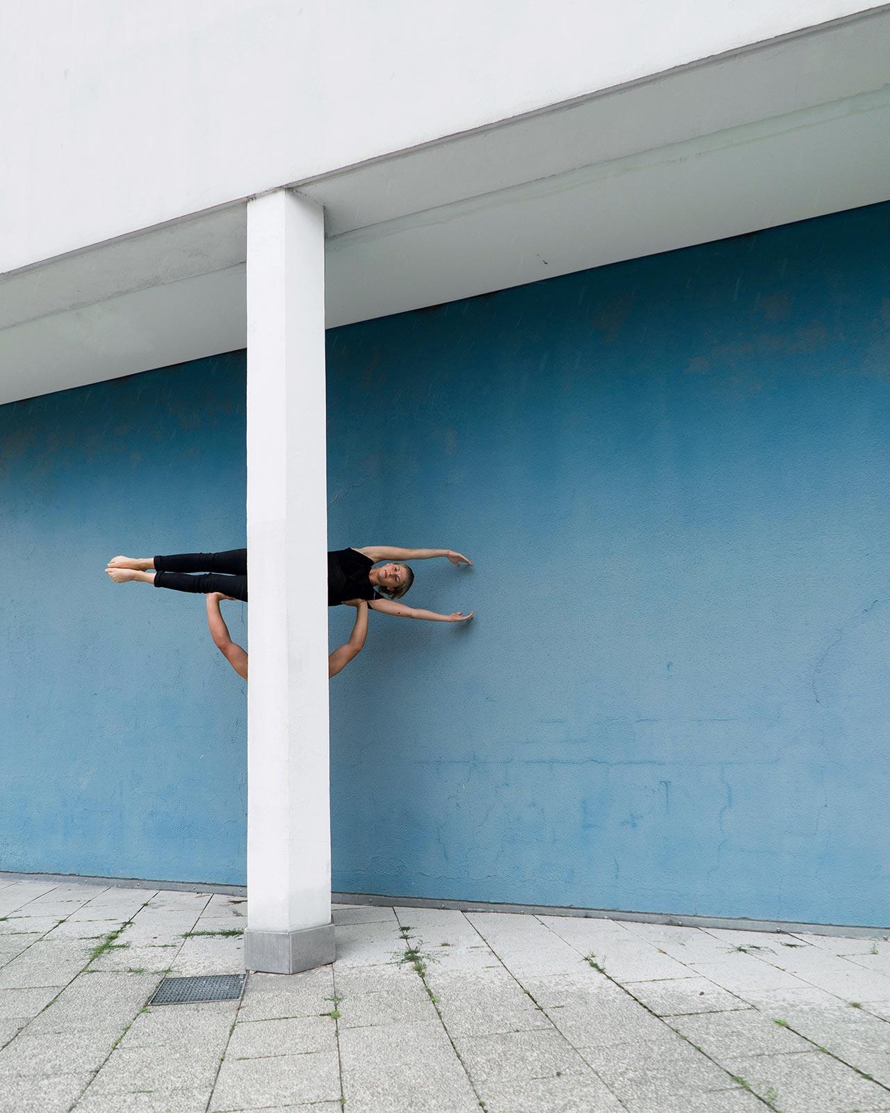 Location: Berlin | Dancers: Jill Wilson, Jacob Jonas |Photo ©Konrad Langerfrom the series #CamerasandDancers.