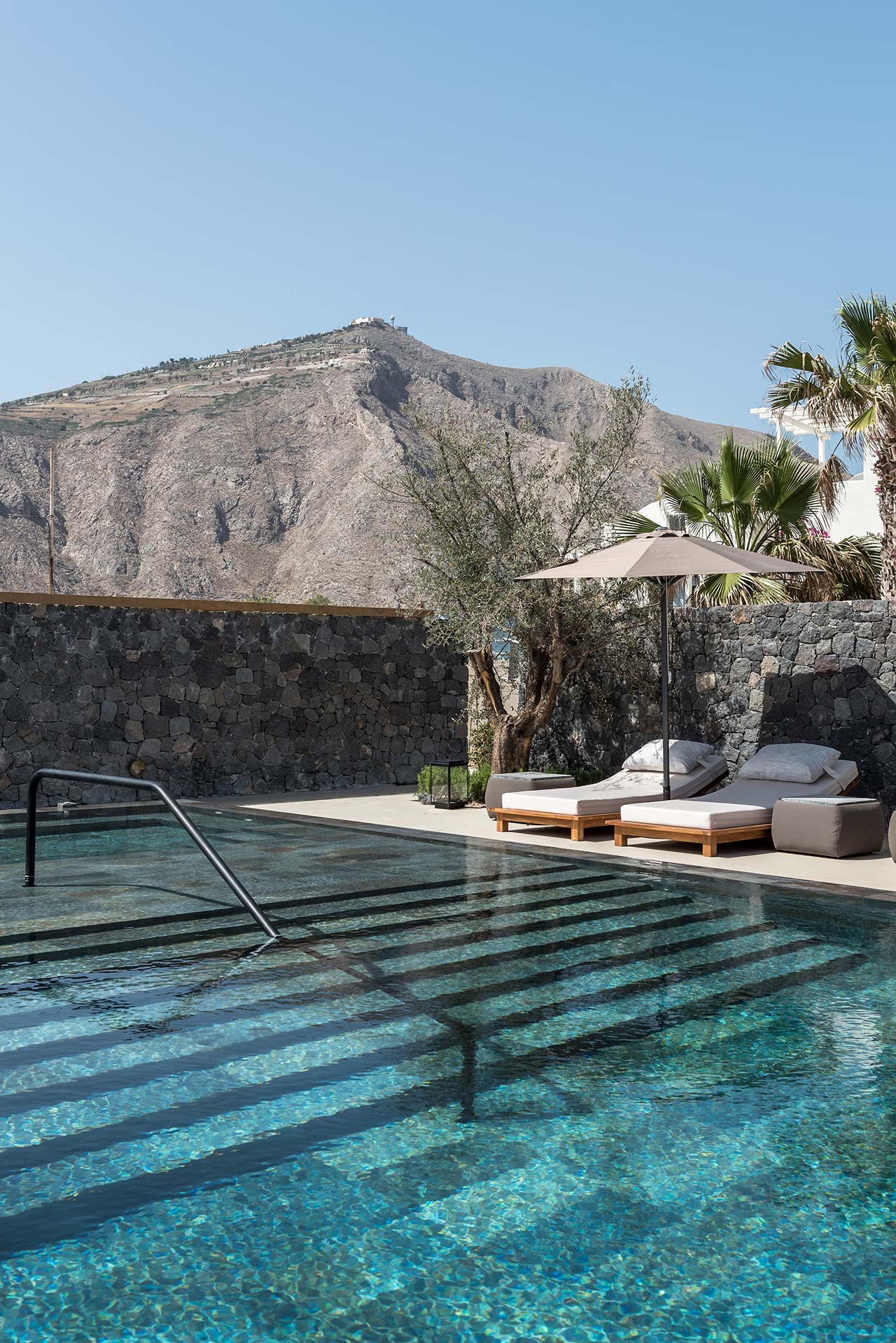 Santorini S Istoria Boutique Hotel Revels In Mediterranean Bliss
