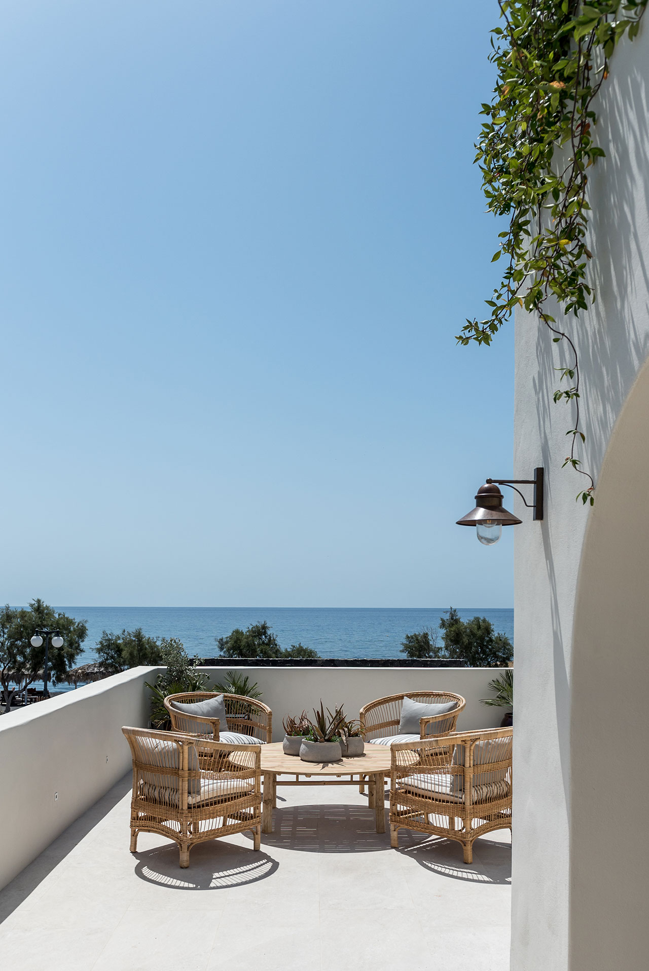 Photo by Giorgos Sfakianakis © ISTORIA Hotel, Perivolos, Santorini, Greece.