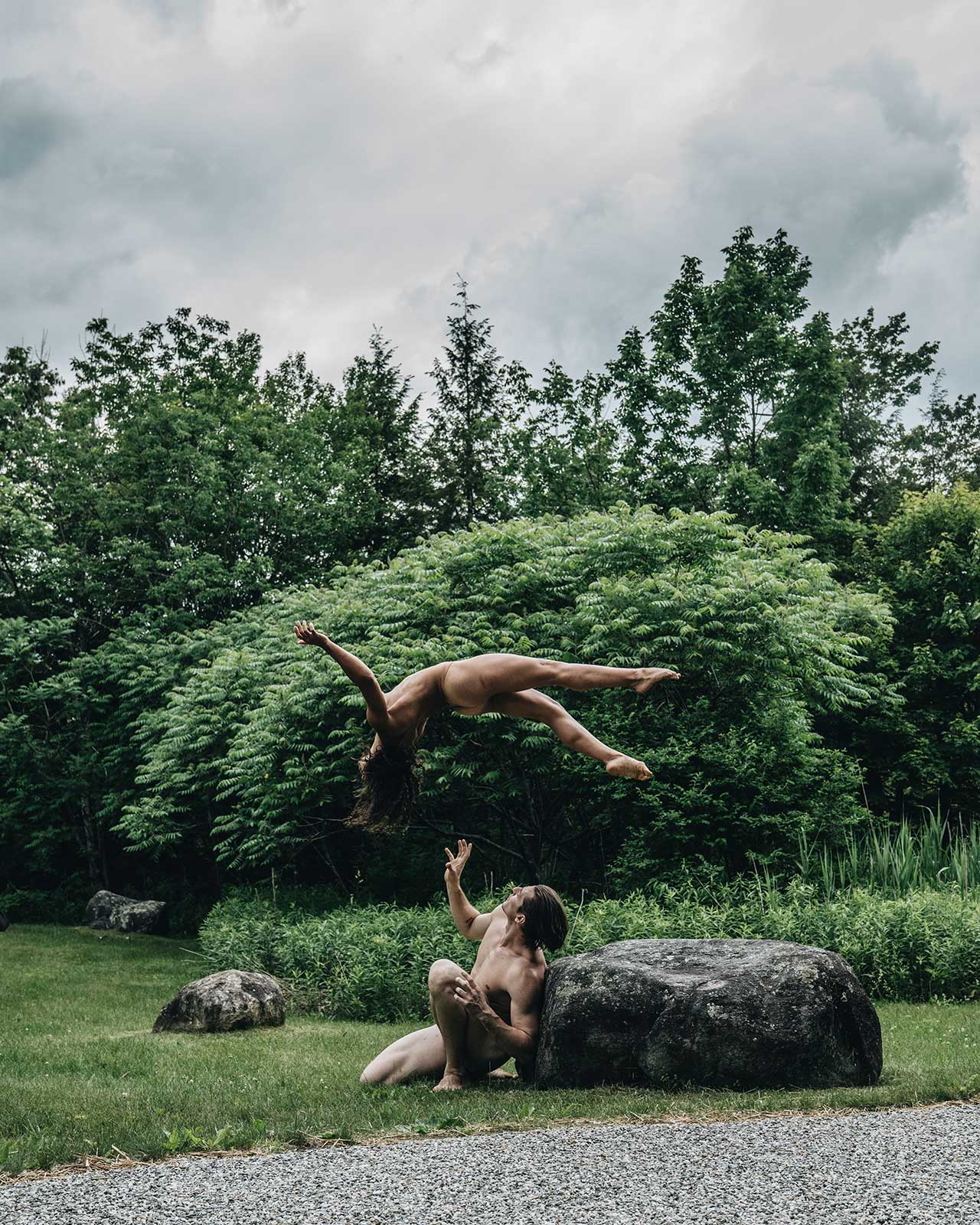 Location: Jacob's Pillow | Dancers: Jake Warren, Isabella Diaz | Photo © Oveck Reyes from the series #CamerasandDancers.
