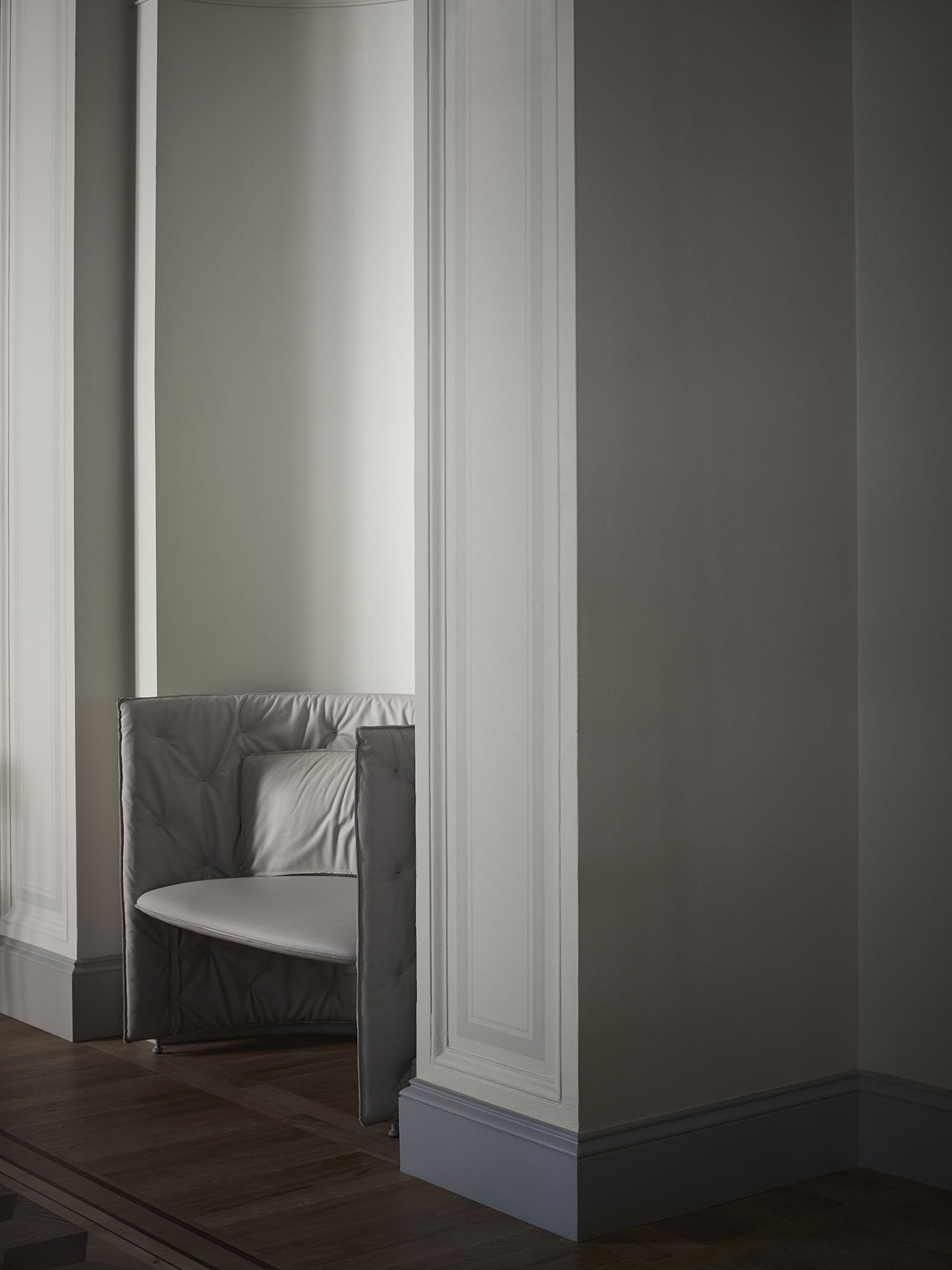 """NM& 039:""""Nisch Sofa""""love seat by TAF produced by Fogia. Photo by Pia Ulin."""