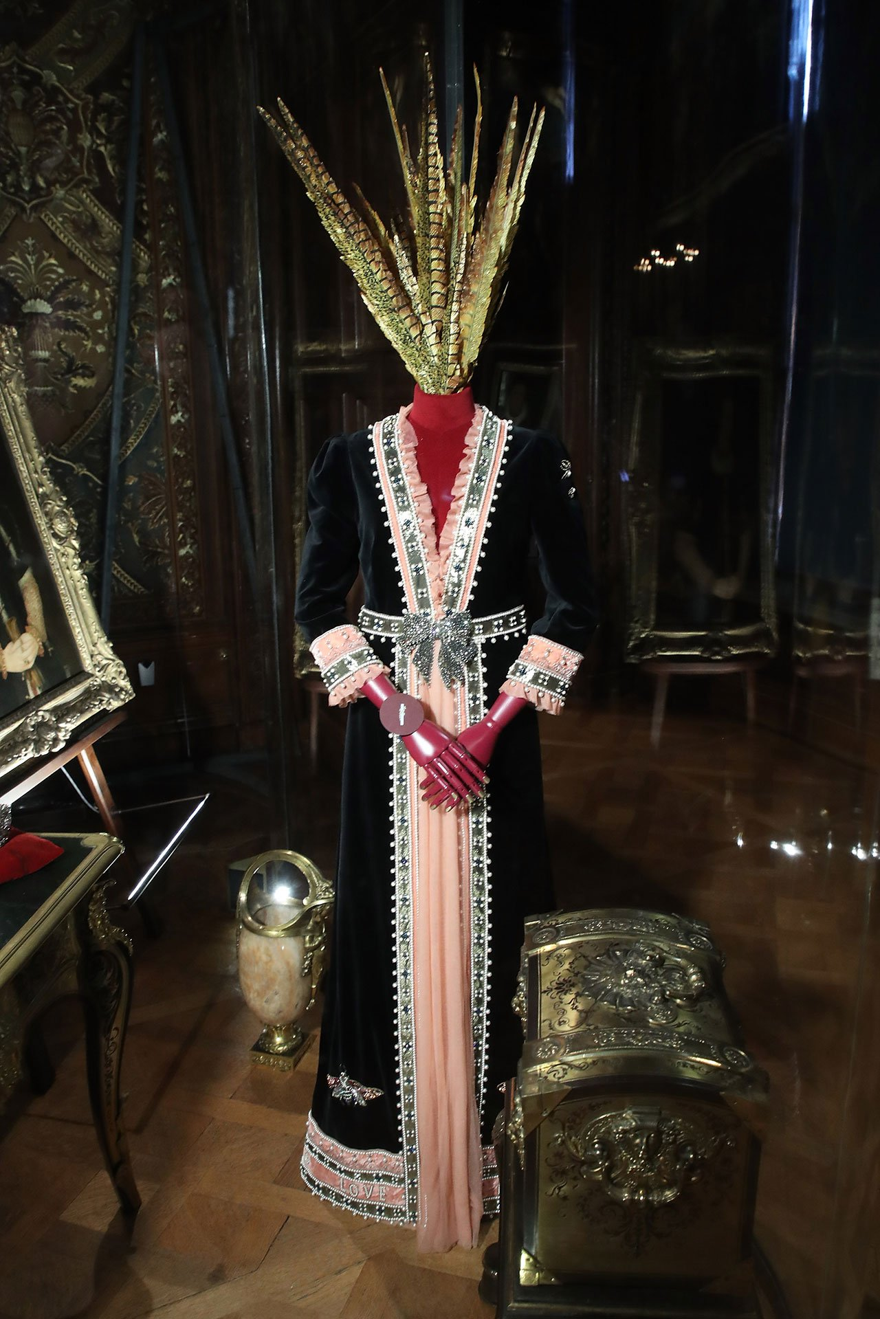 A Gucci dresscreated by Alessandro Michele for Lady Burlington.Photo© GUCCI.
