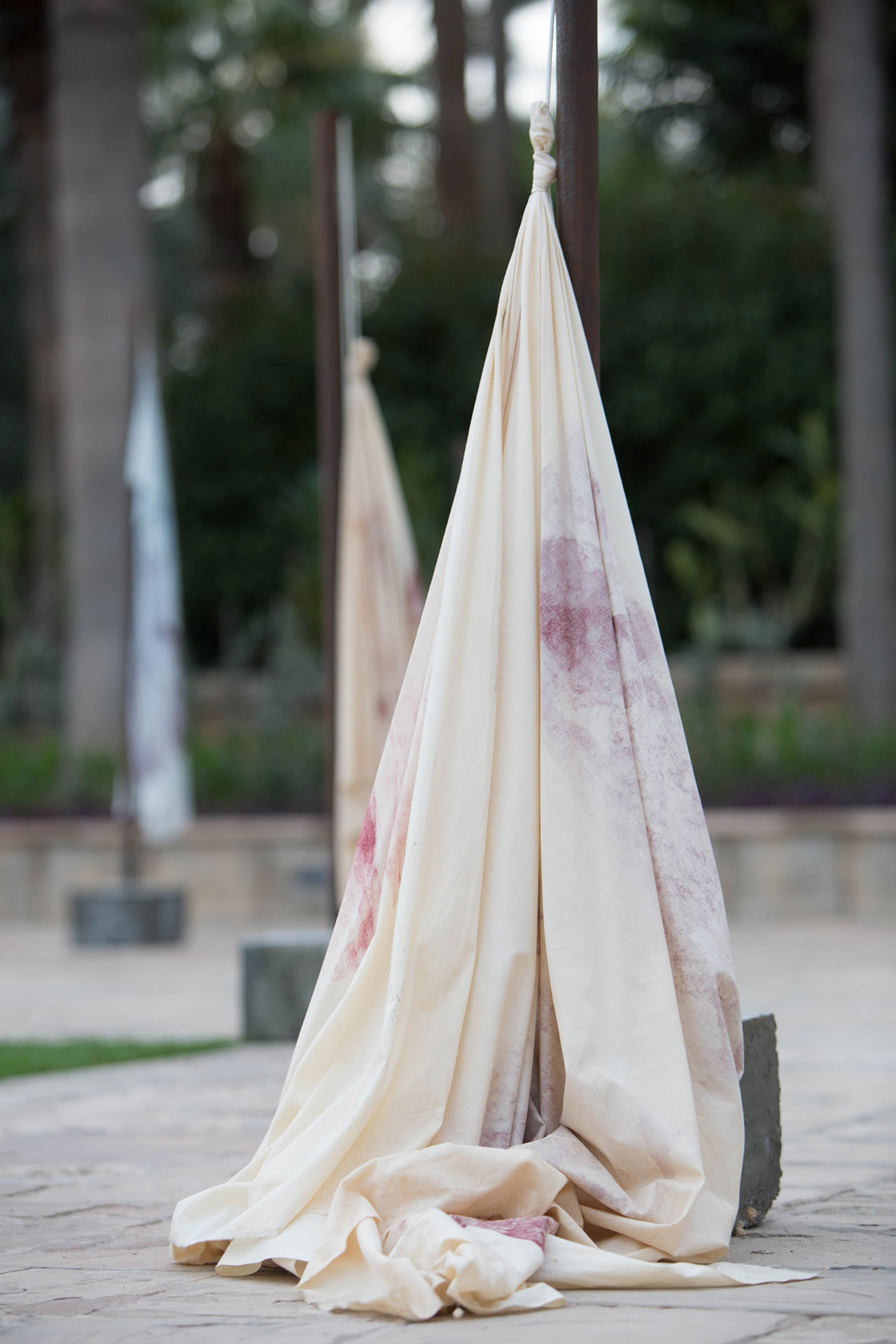 Moza Almatrooshi, Markings I, 2016. Installation view at the gardens of Madinat Jumeirah. Photo by Daniella Baptista, courtesy Art Dubai.