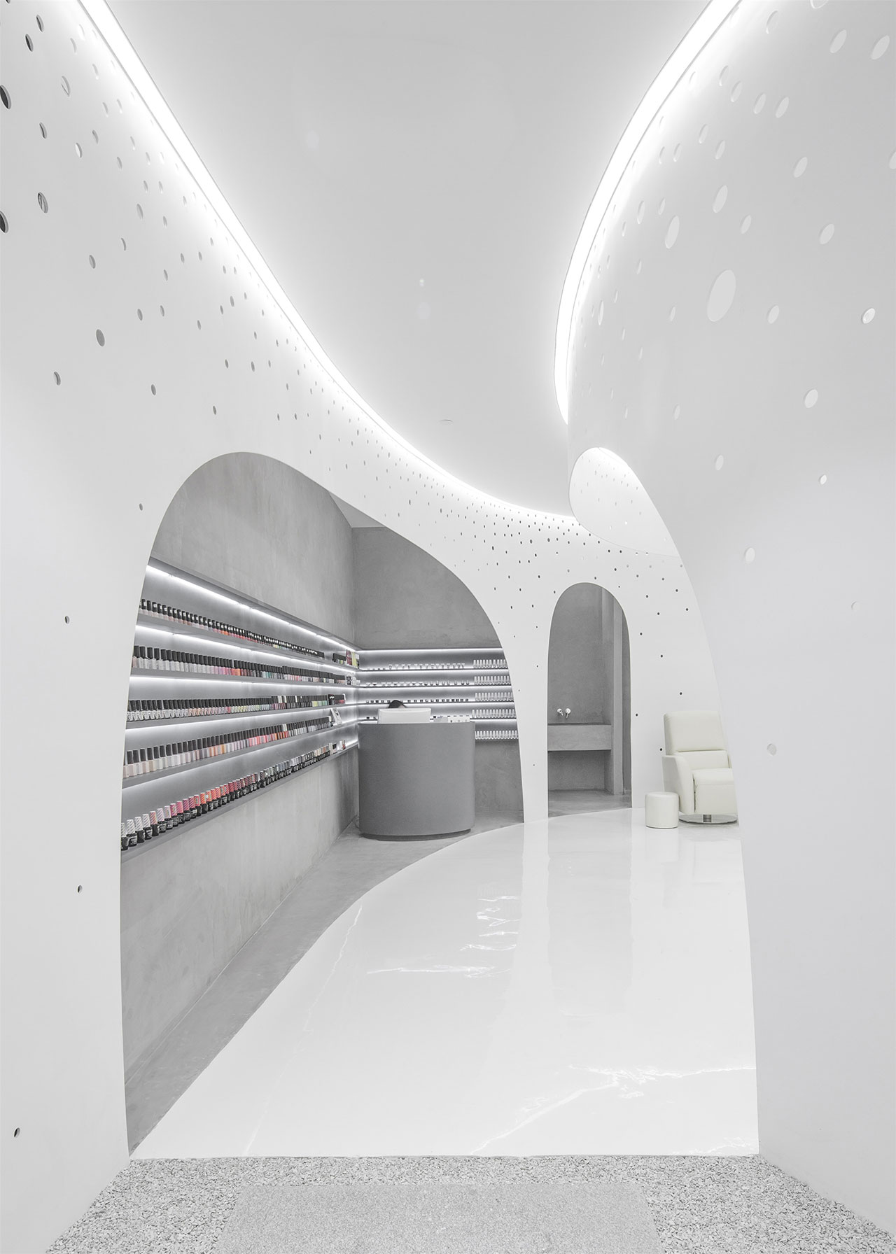 Pendant lighting for nails salon : A spiral ceiling for the new lily nails salon in beijing